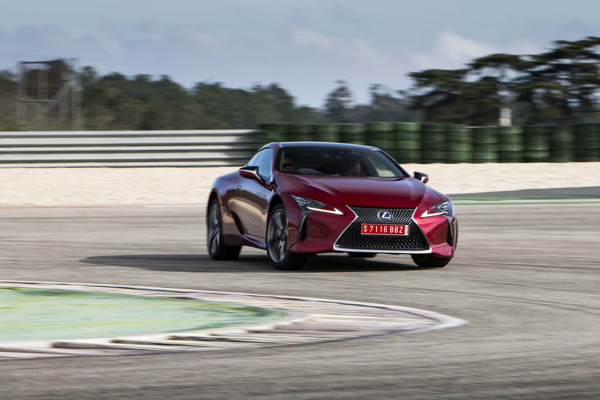 2018 Lexus LC 500h Front Three Quarter In Motion 06