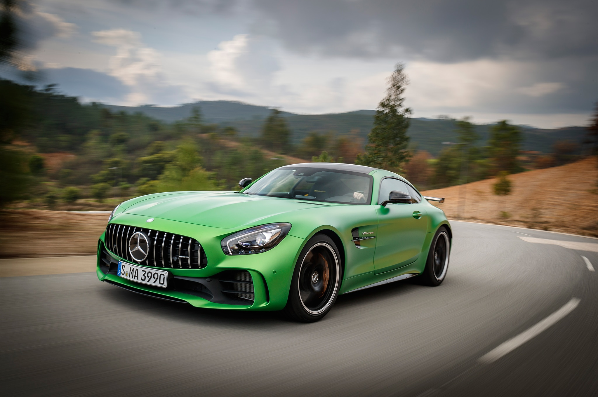 2018 mercedes amg gt r first drive review automobile. Black Bedroom Furniture Sets. Home Design Ideas