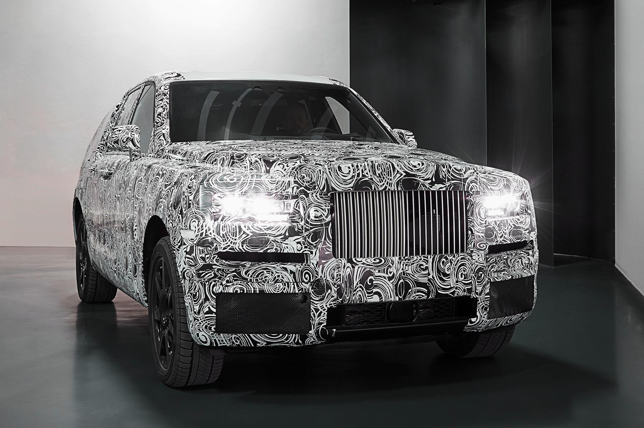 Rolls Royce Cullinan Front Studio Shot