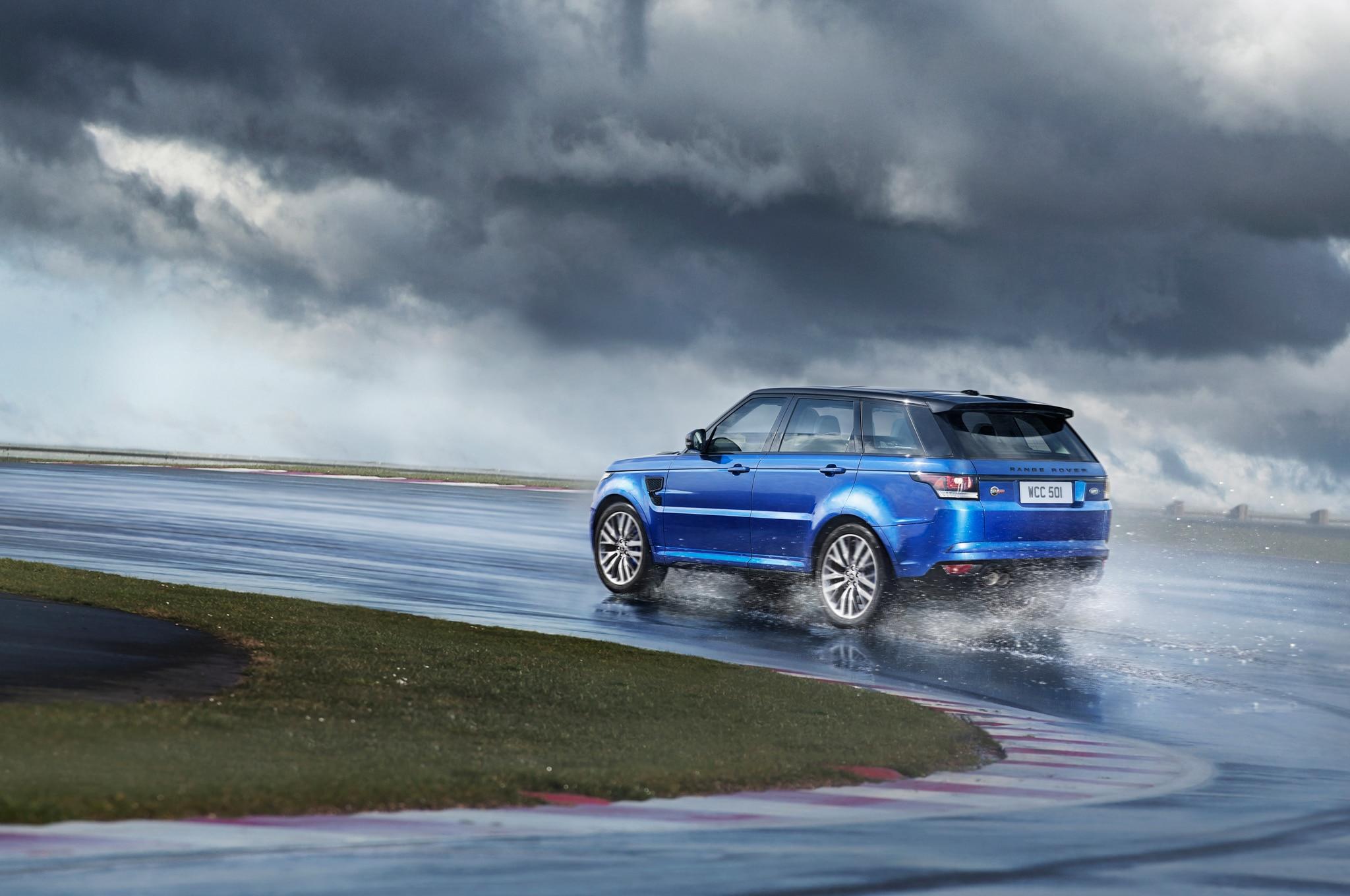 2015 Land Rover Range Rover Sport SVR Rear Three Quarters