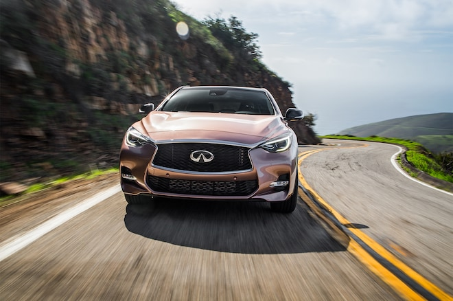 2017 Infiniti QX30 Sport Front View In Motion 02
