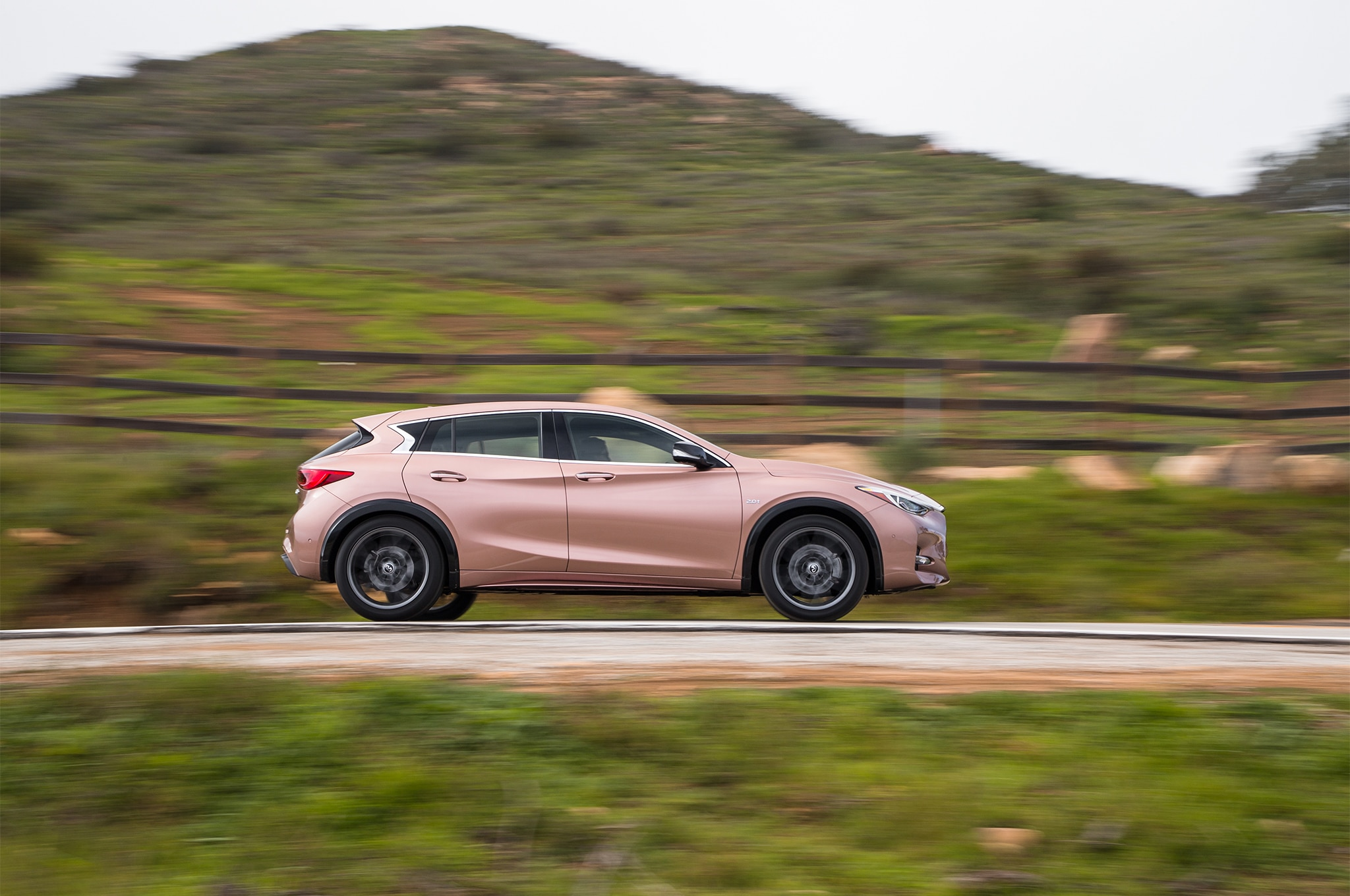2020 Infiniti QX30 Becomes Electric Crossover SUV >> Four Seasons 2017 Infiniti Qx30 Sport Introduction