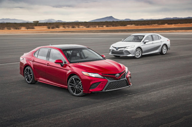 2018 Toyota Camry XSE and Hybrid XLE