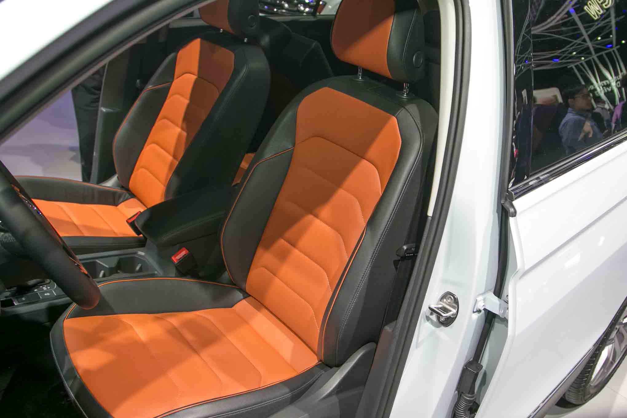 U.S.-Spec 2018 Volkswagen Tiguan Revealed in Detroit | Automobile Magazine