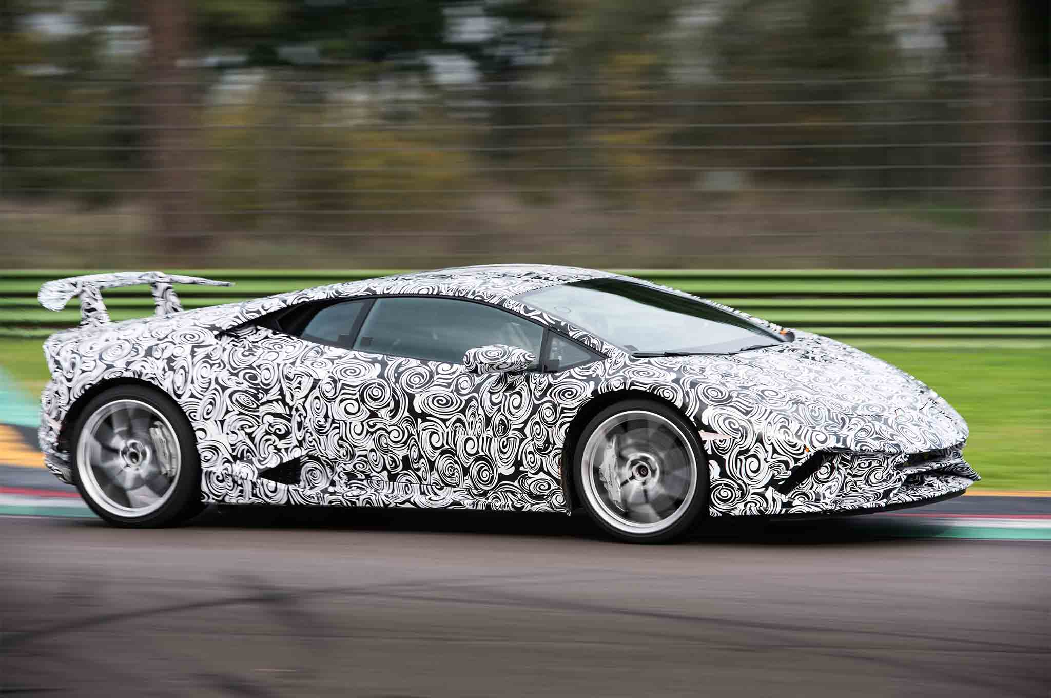Lamborghini Hurac 225 N Performante Automobile Magazine