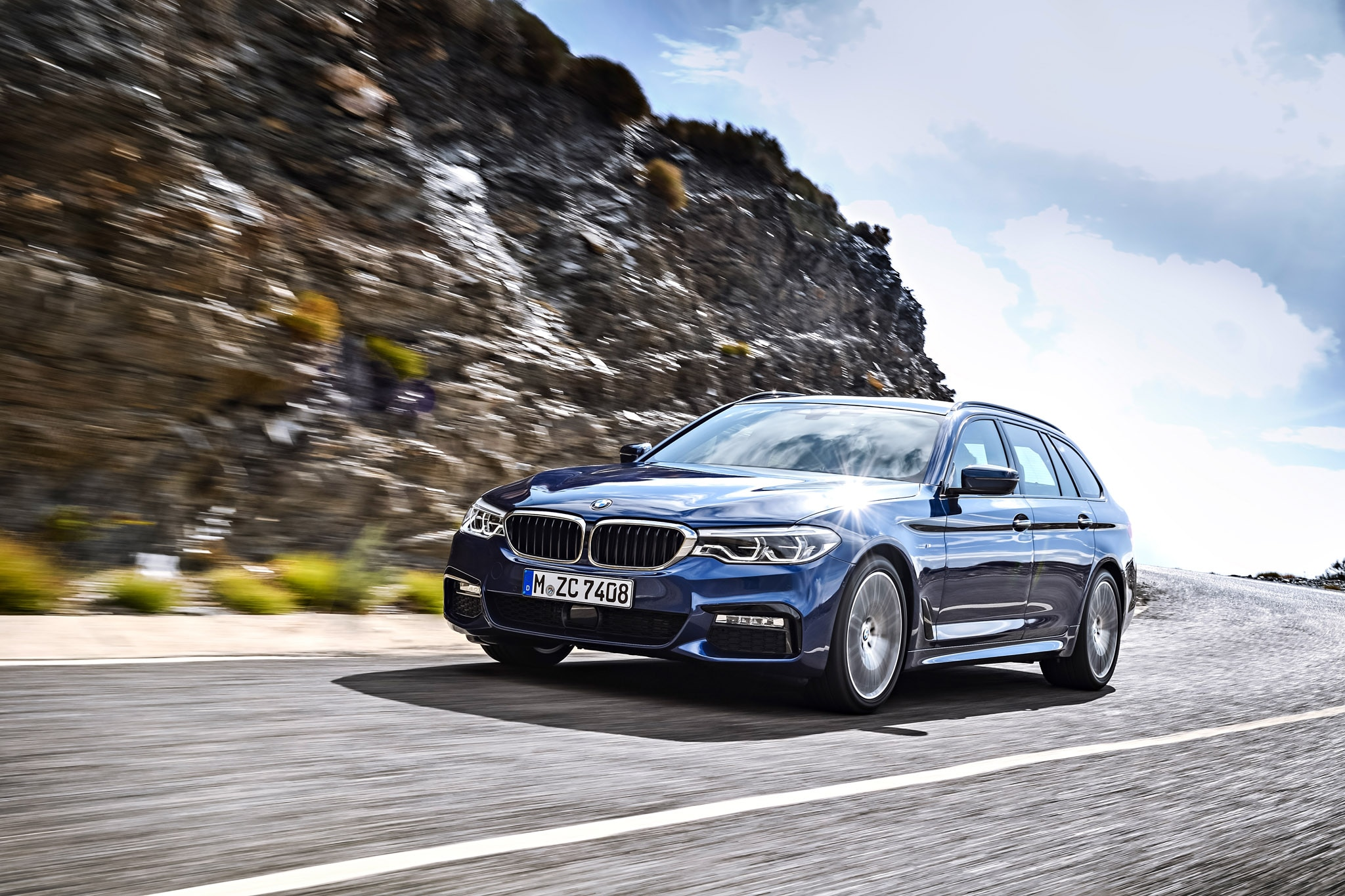 2018 Bmw 5 Series Touring Debuts Automobile Magazine Show More Packed