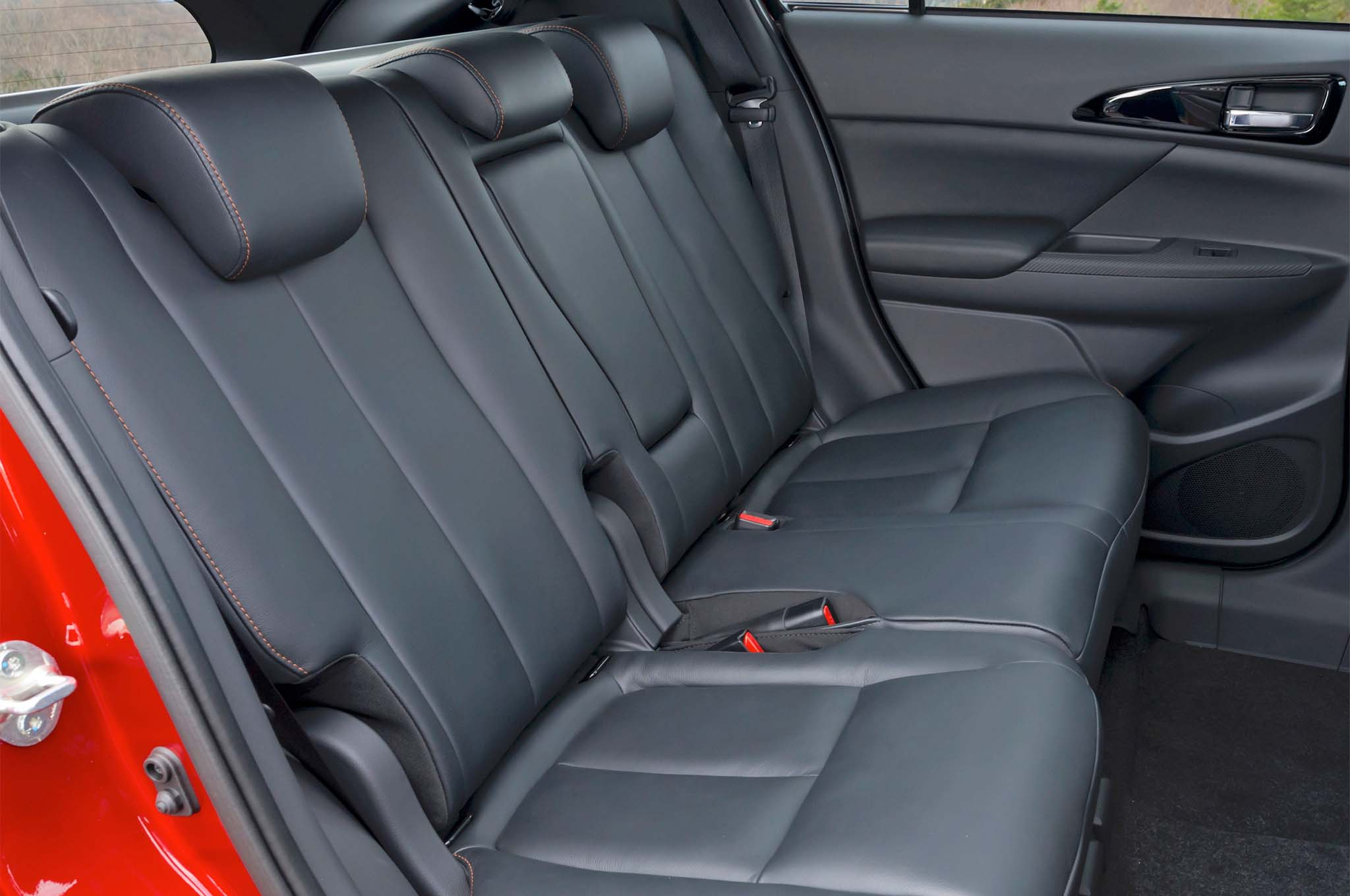 2018 Mitsubishi Eclipse Cross Rear Interior Seats 1