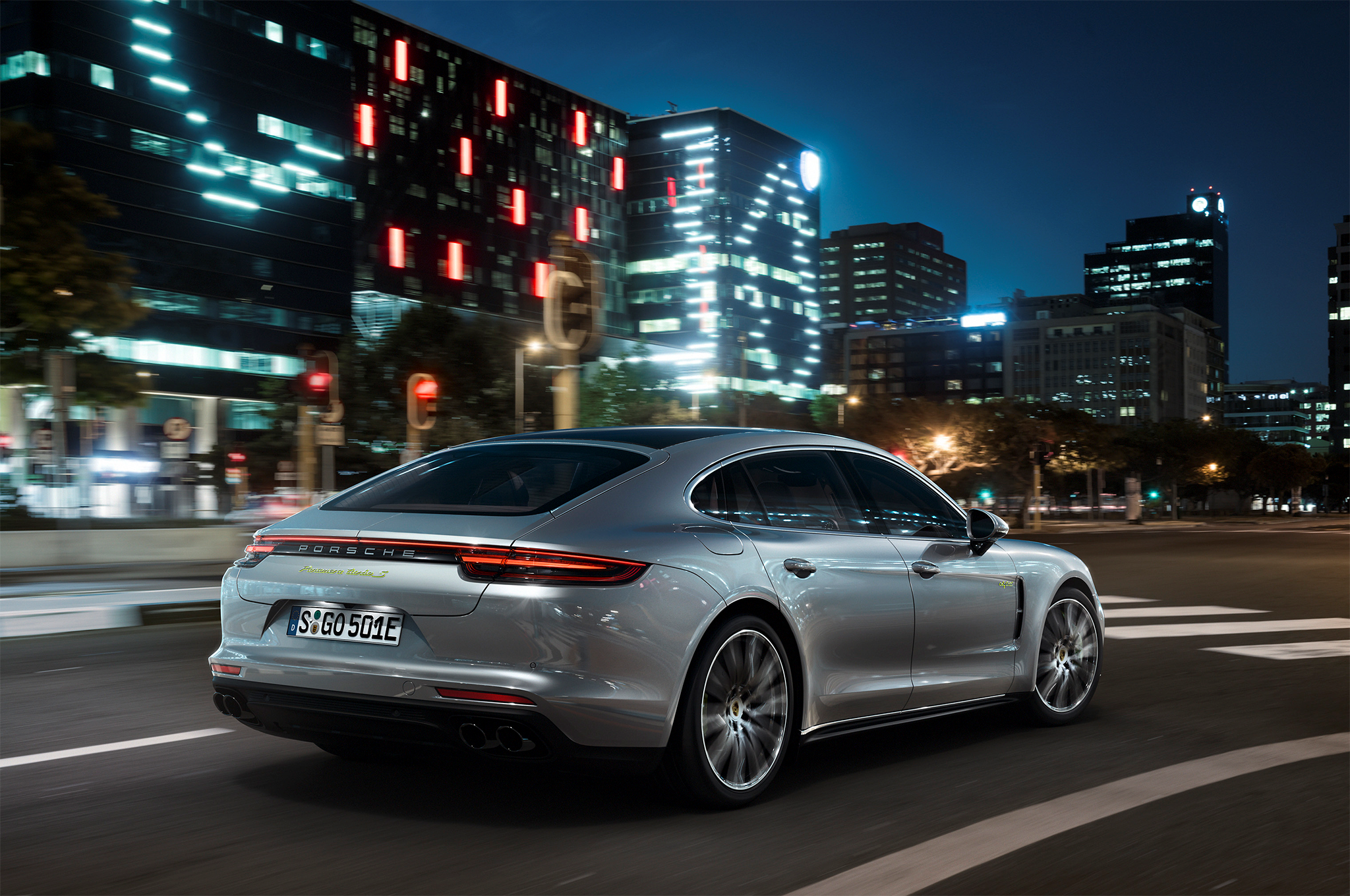 2018 Porsche Panamera Turbo S E Hybrid Rear Three Quarters In Motion 2