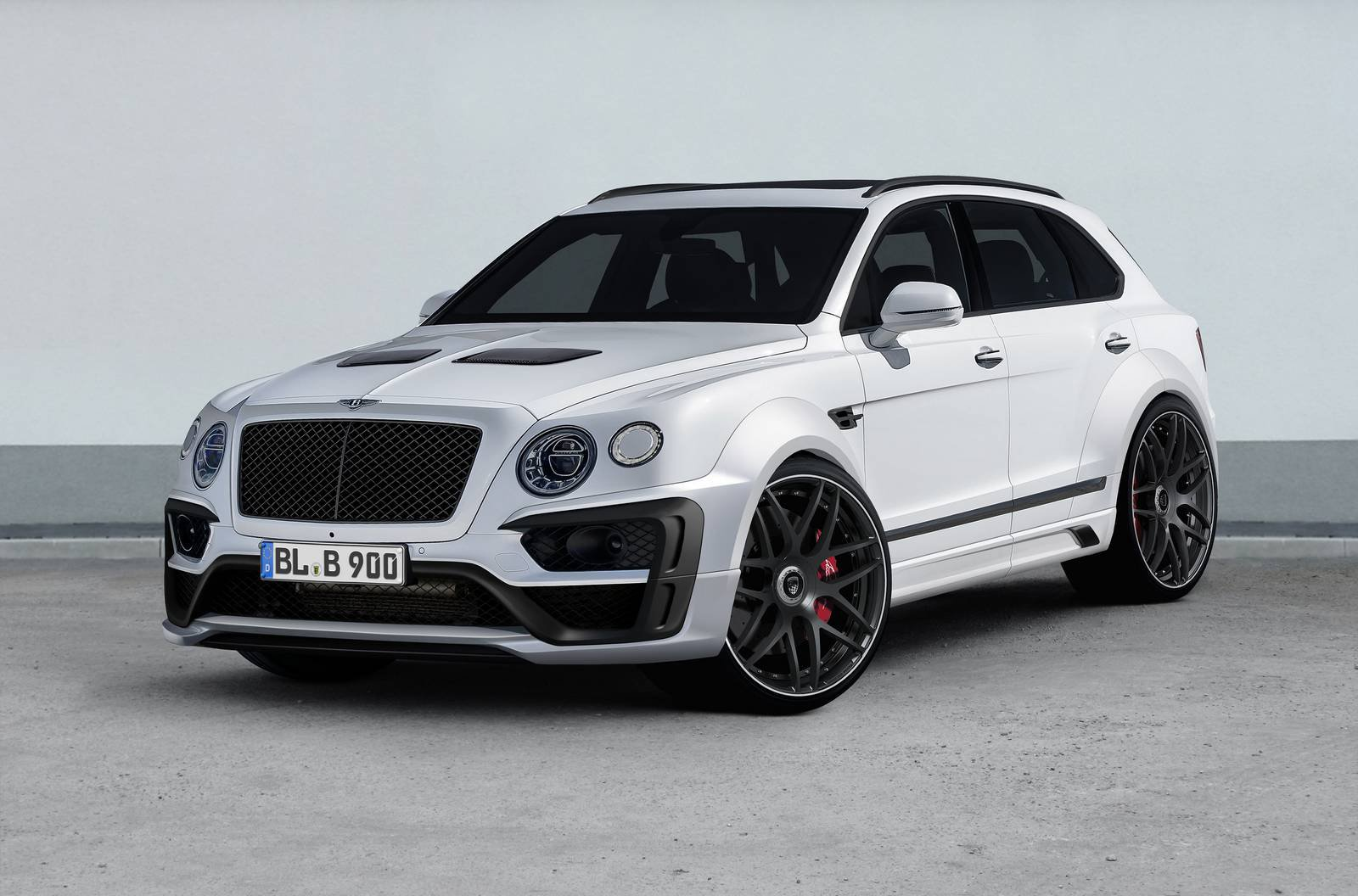Bentley Bentayga Gets A Fancy Facelift By Lumma Design