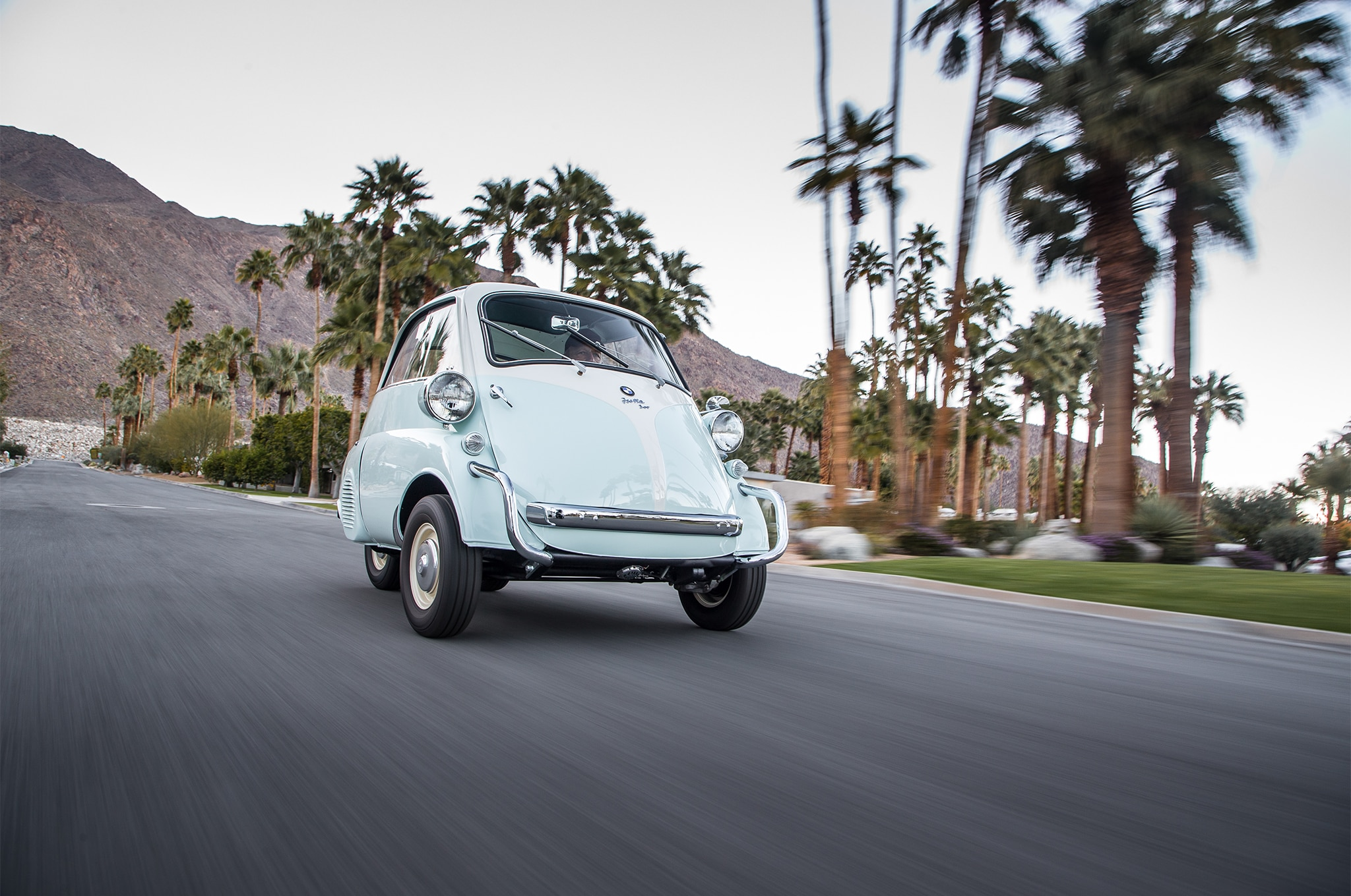1956-1962 BMW Isetta 300 Collectible Classic | Automobile