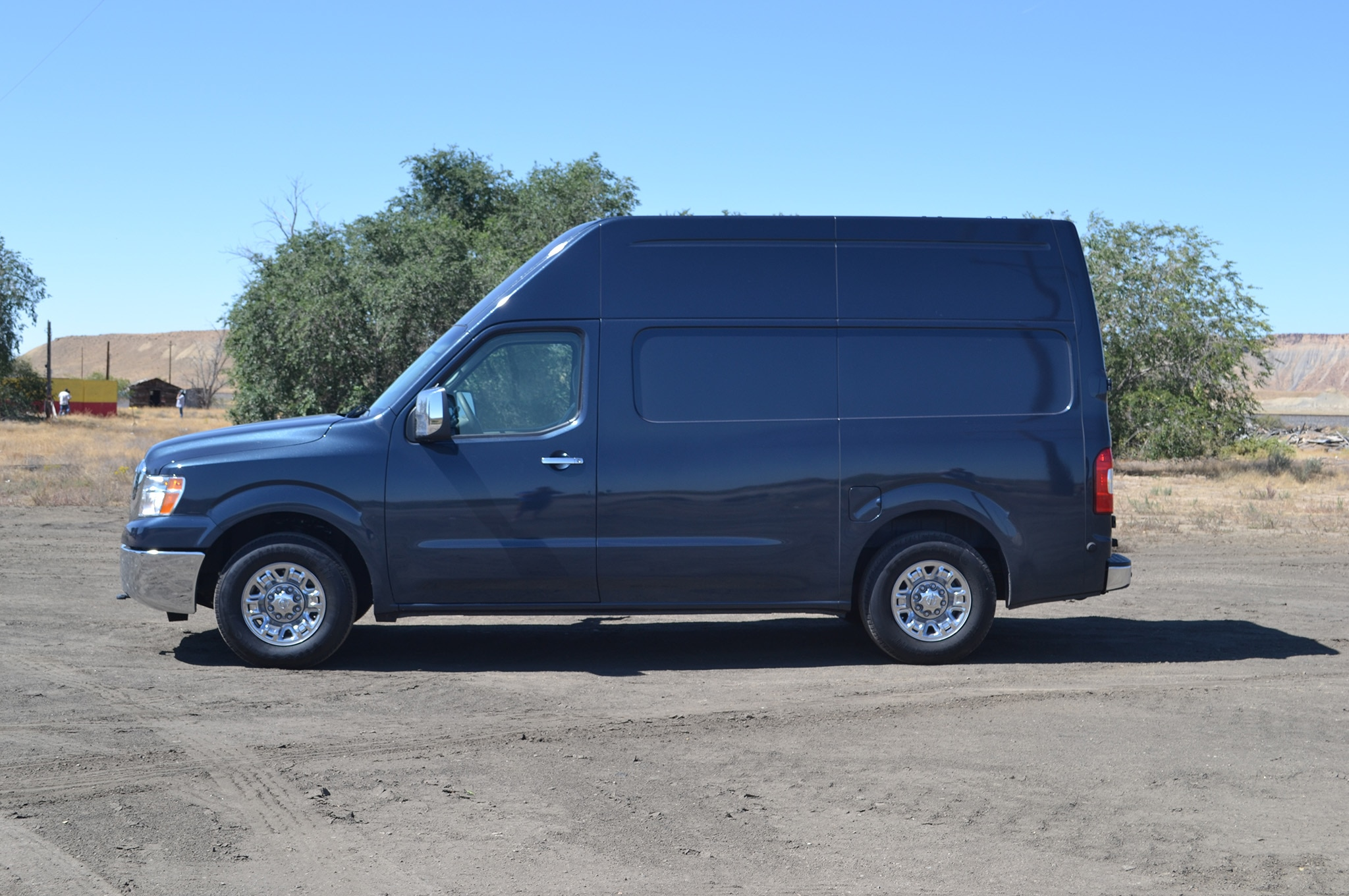 Moving From Detroit to Los Angeles in a 2016 Nissan NV3500 HD High