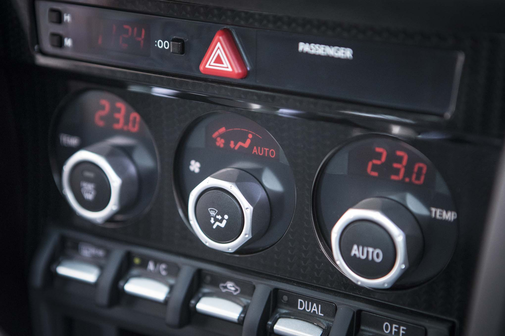 2017 Toyota 86 860 Special Edition climate controls