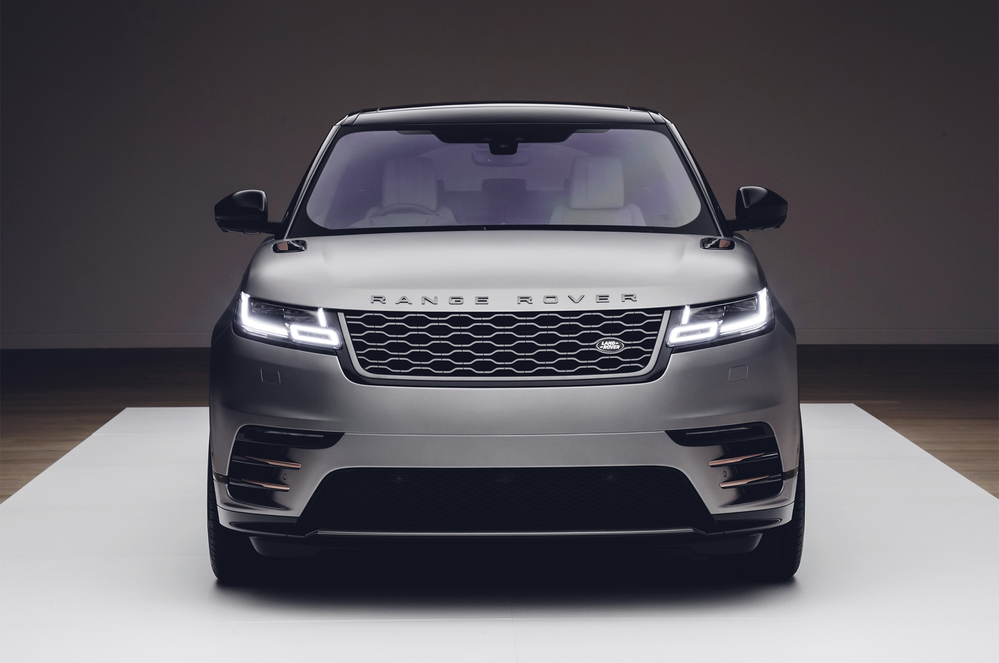 2018 Land Rover Range Rover Velar Front End 1
