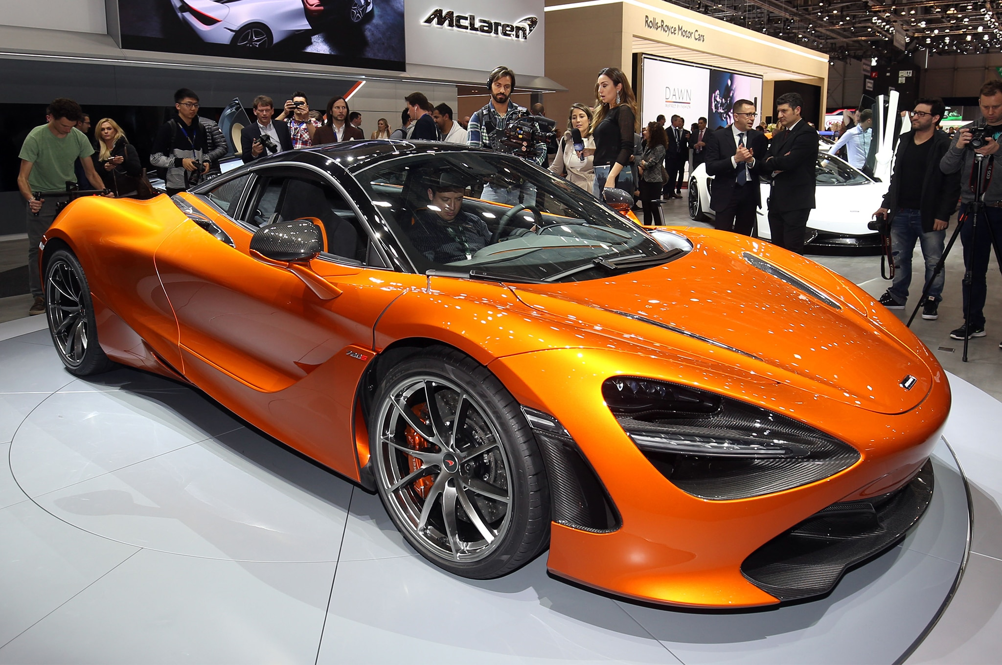 First Look: 2018 McLaren 720S | Automobile Magazine