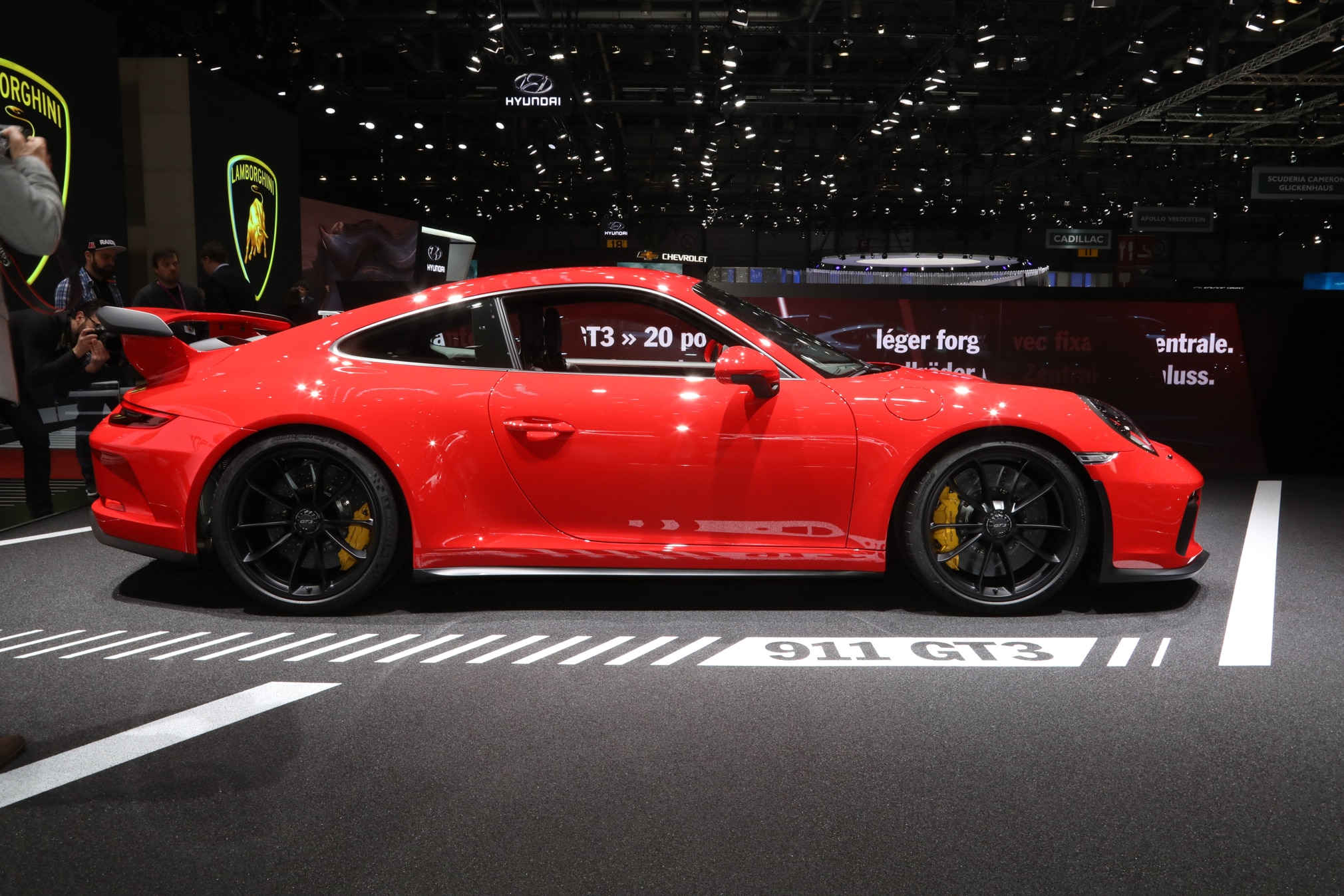 2018 Porsche 911 GT3 Adds Six-Speed Manual Transmission | Automobile ...