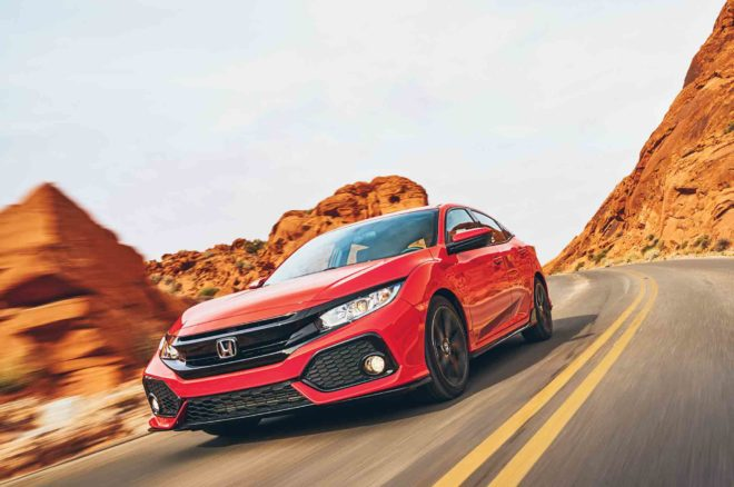 Honda Civic Hatchback Sport 2017 All Star Winner front three quarter in motion