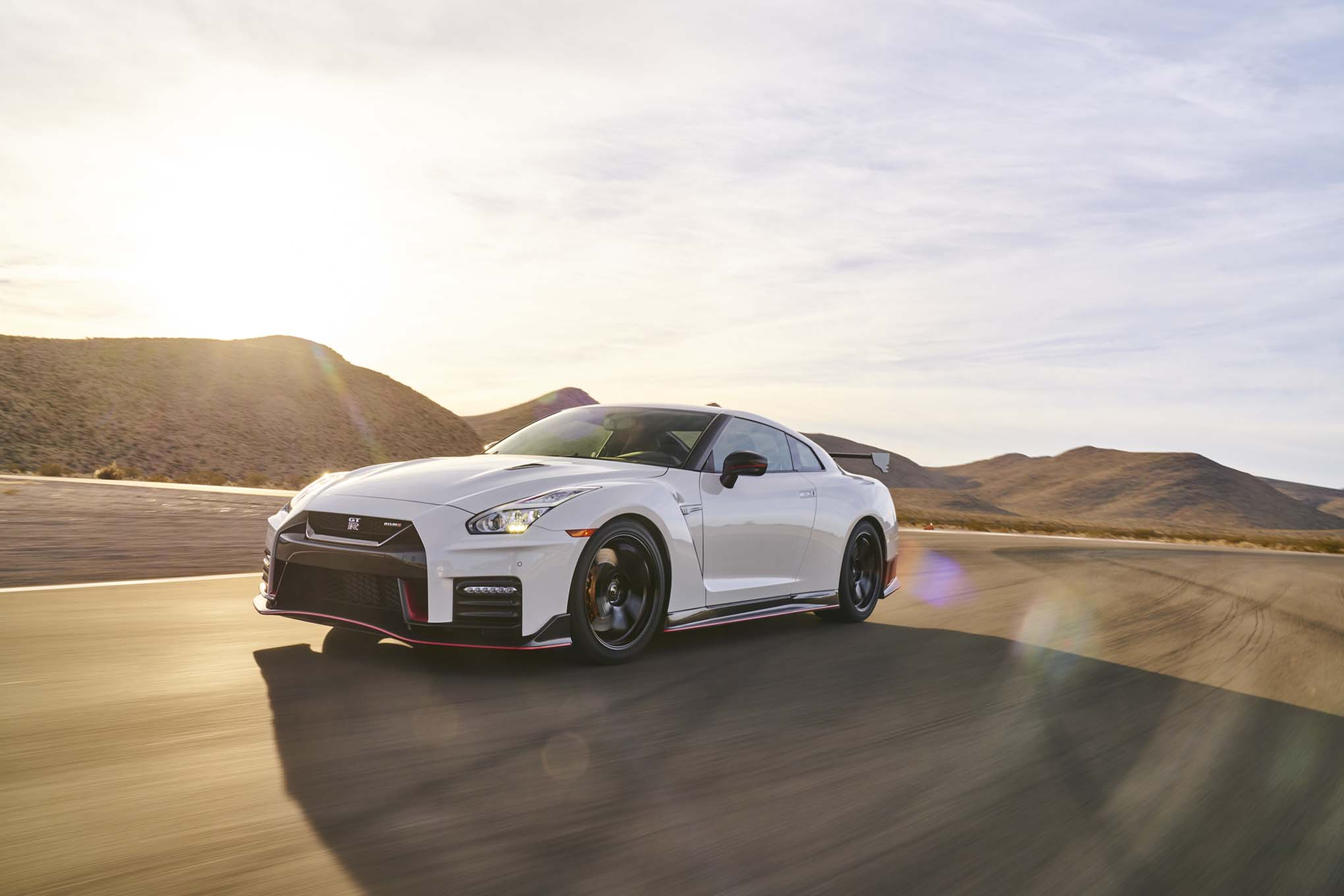 Nissan GT R Nismo 2017 All Stars Contender Front Three Quarter In Motion 03