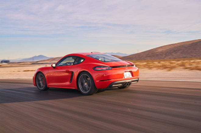 Porsche 718 Cayman S 2017 All Stars Contender rear side in motion