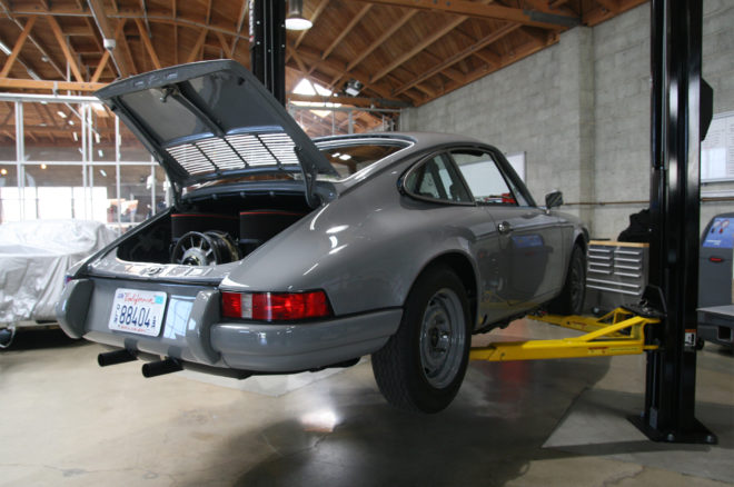 Workshop 5001 Porsche garage 17