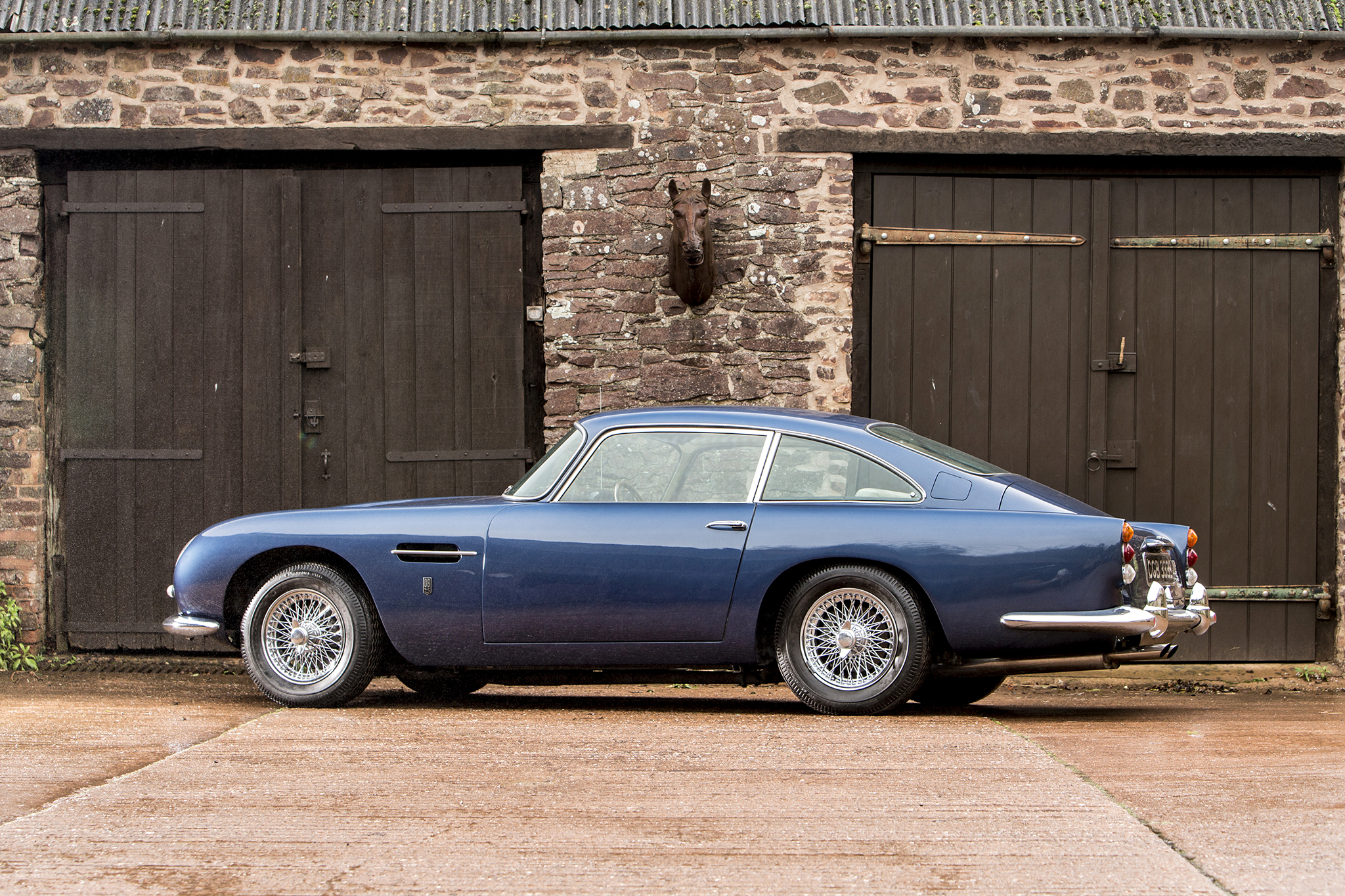 1964 db5 sold for $727,995 highlights bonhams 2017 aston martin sale