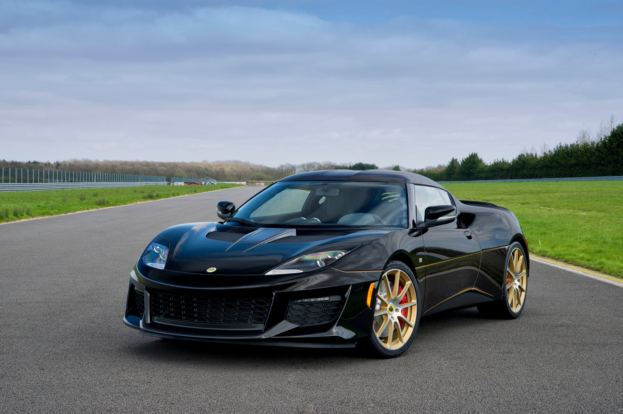 2017 Lotus Evora Sport 410 GP Front Three Quarters