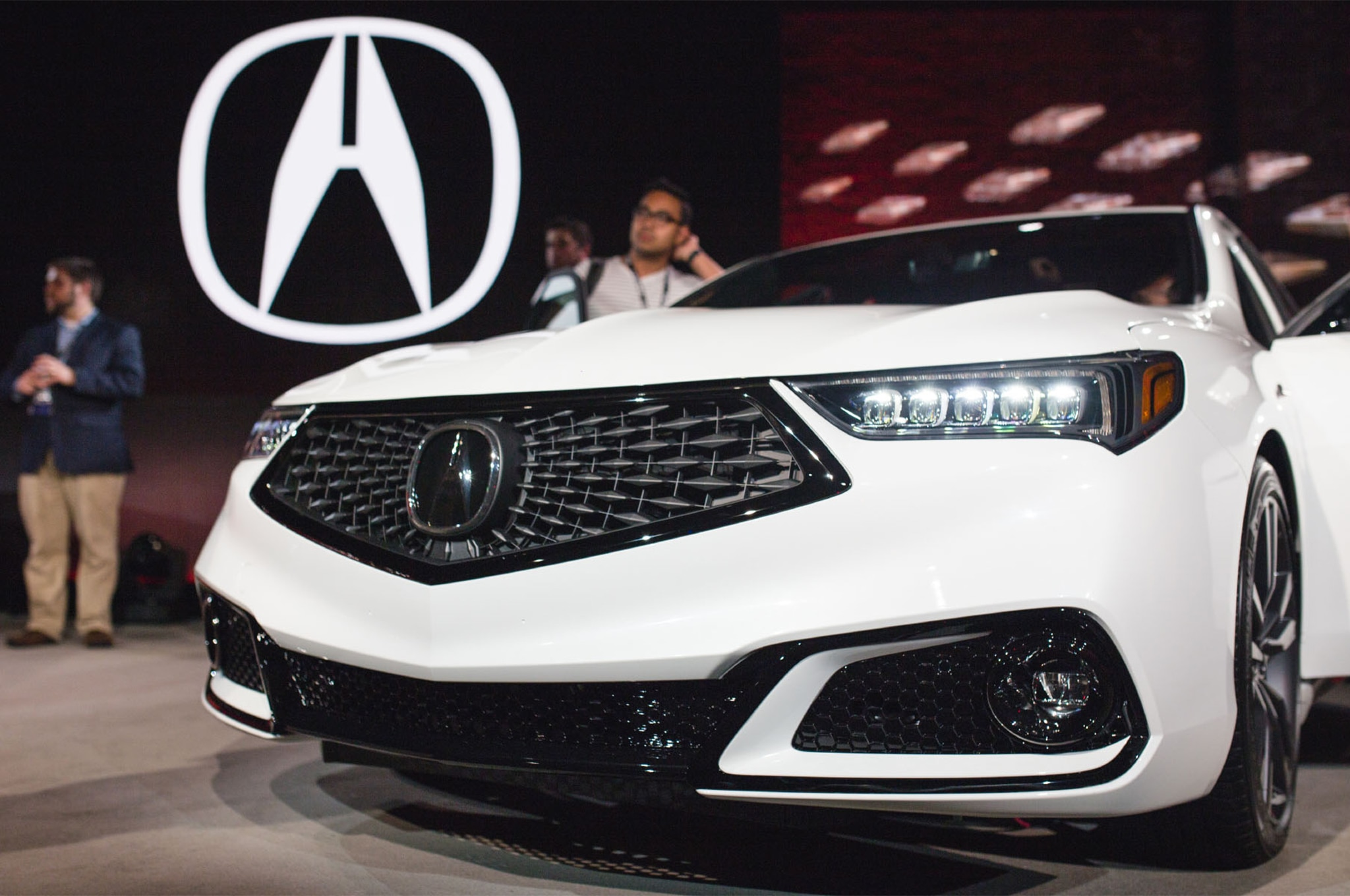 Acura TLX Gets A Midlife Refresh And Brings Back The ASpec - 2018 acura tl front bumper