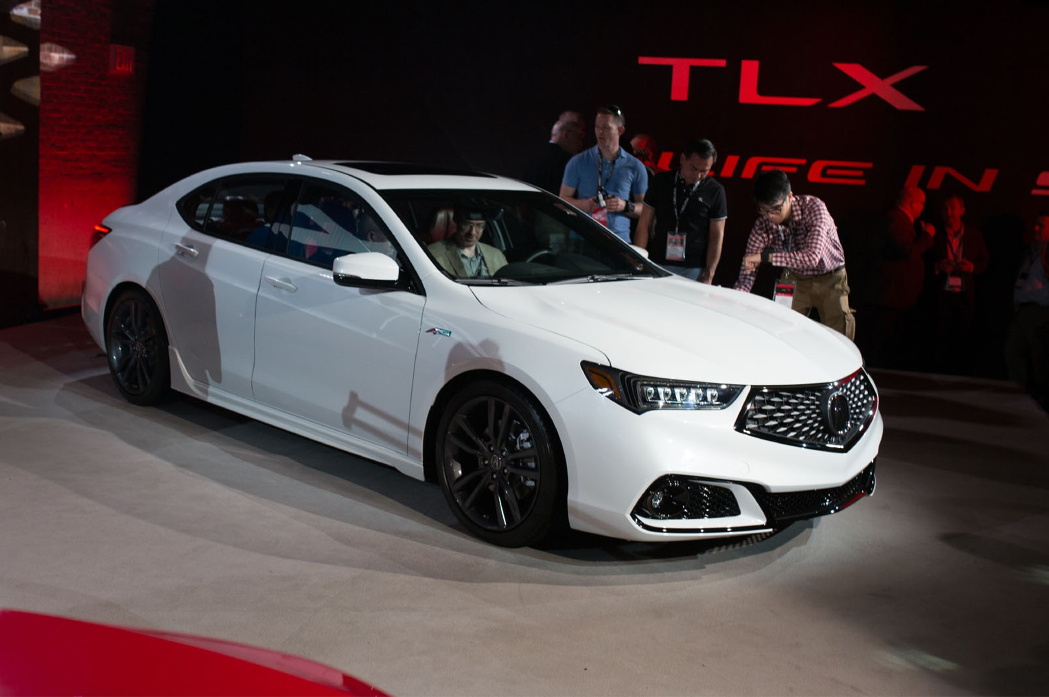 Acura TLX Gets A Midlife Refresh And Brings Back The ASpec - 2018 tlx acura
