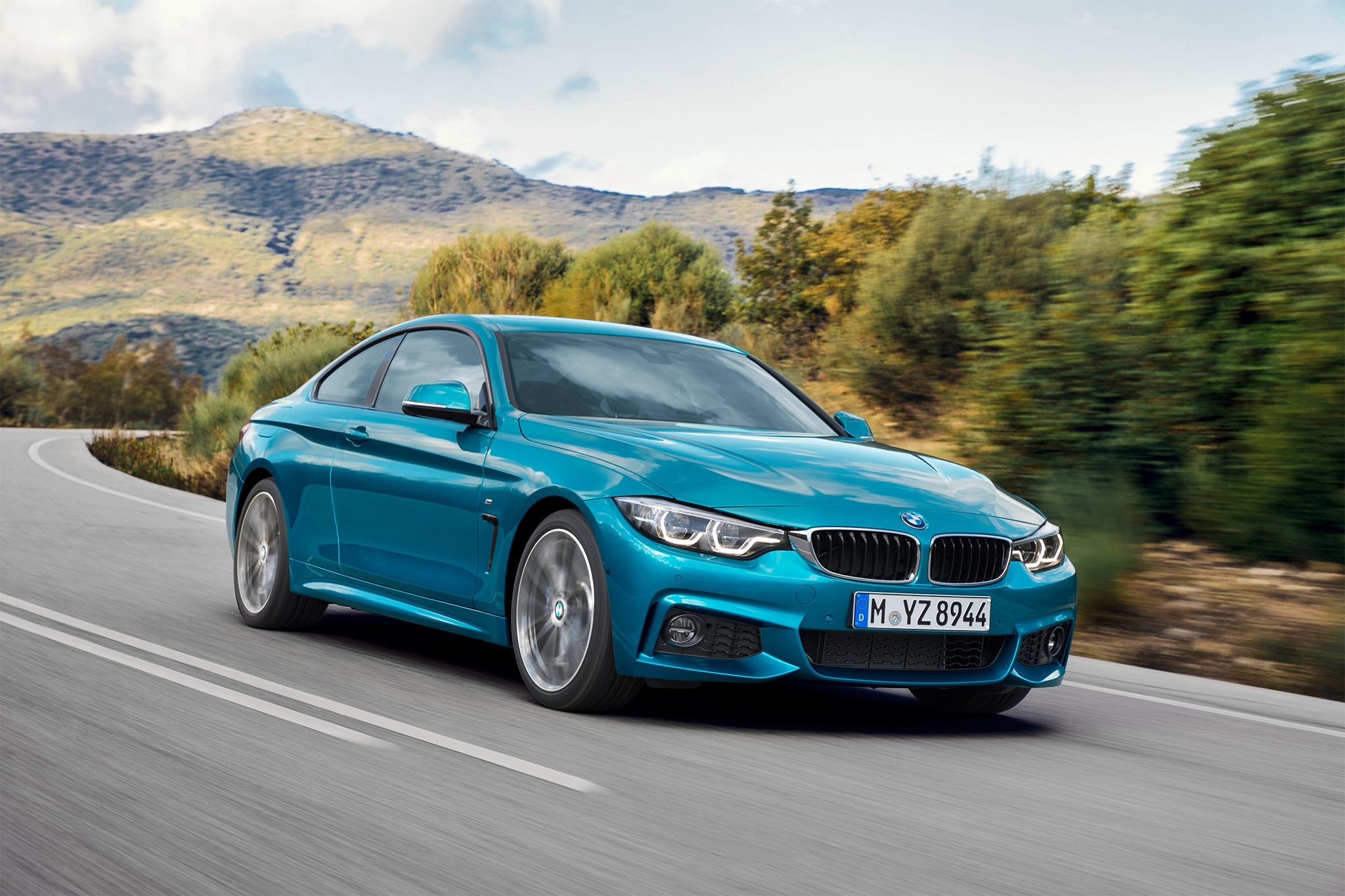 2018 BMW 4 Series Coupe Front Three Quarter In Motion 20