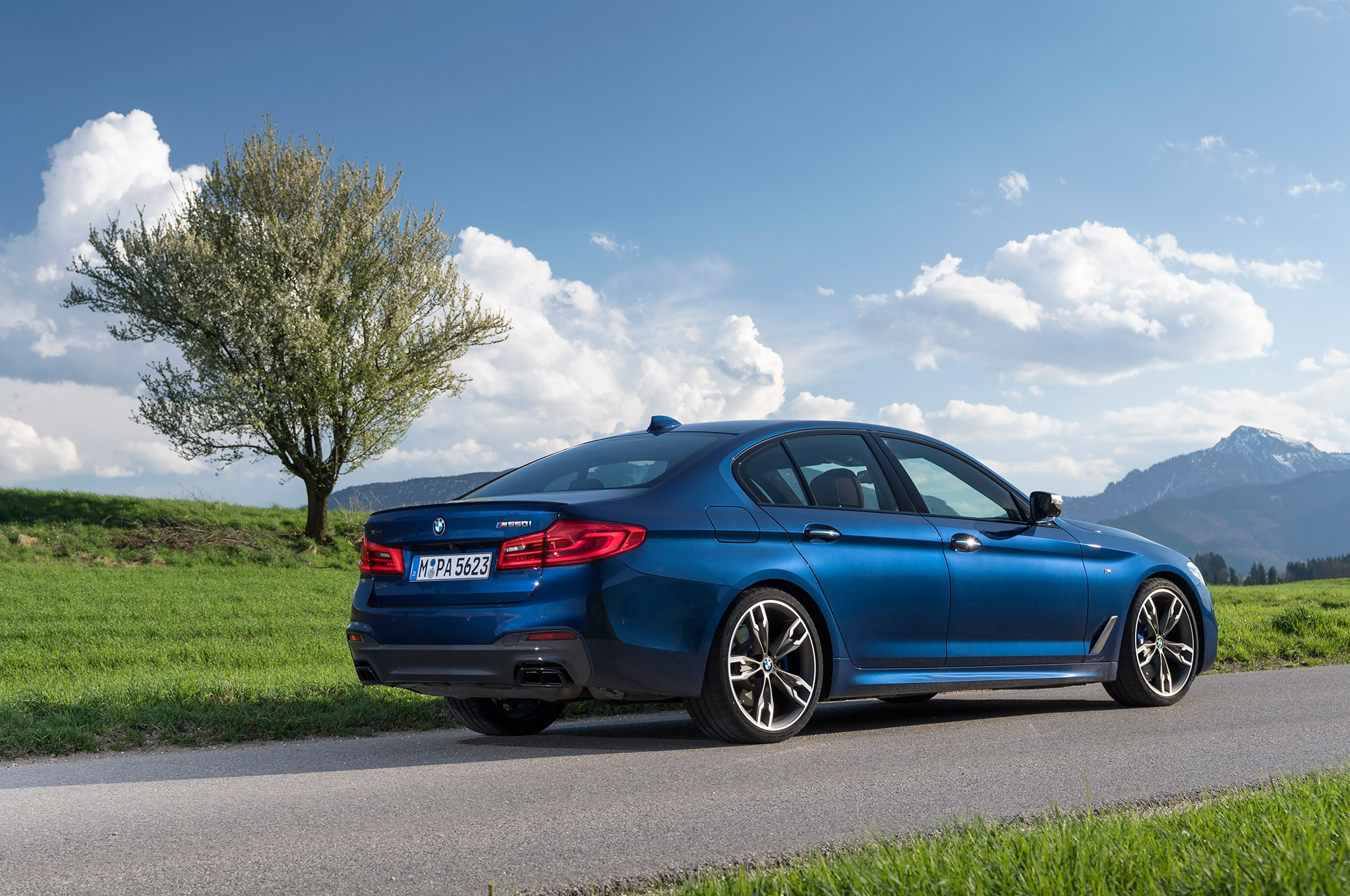 2018 Bmw M550i Xdrive First Drive Review Automobile Magazine