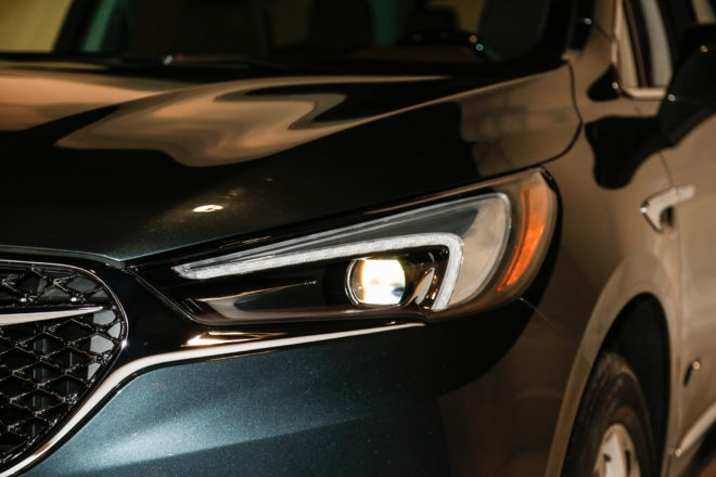 2018 Buick Enclave Avenir headlamp