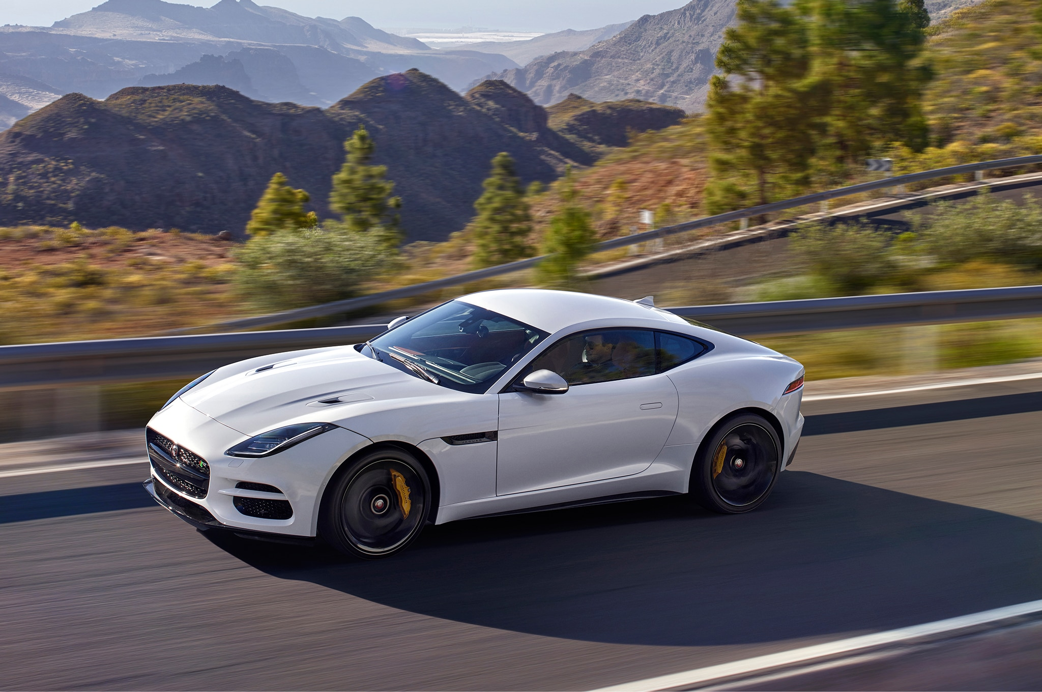 2018 Jaguar F Type >> Seven Things You Need To Know About The 2018 Jaguar F Type