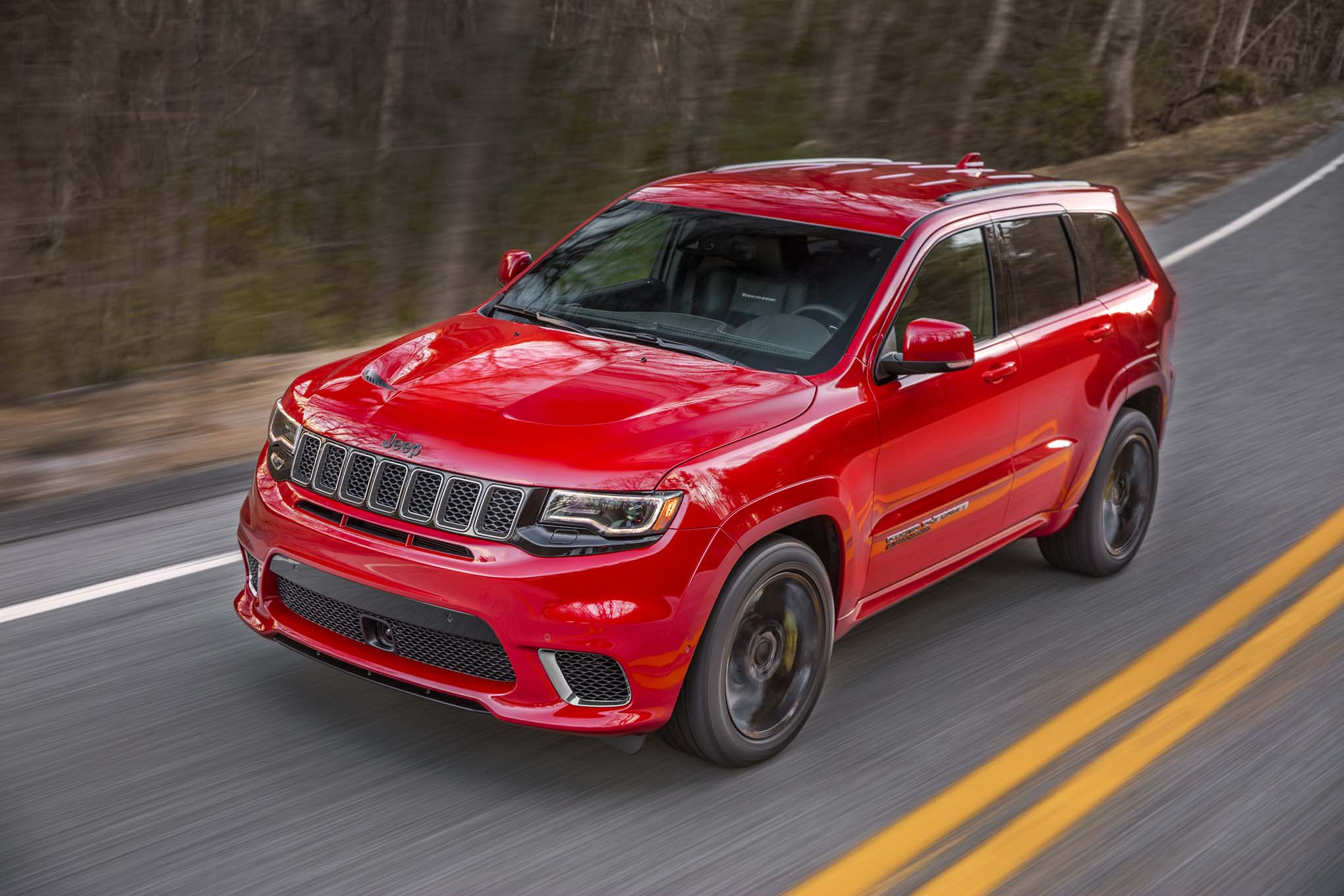 The 2018 Jeep Grand Cherokee Trackhawk is an SUV That Runs 11-Second Quarter Miles