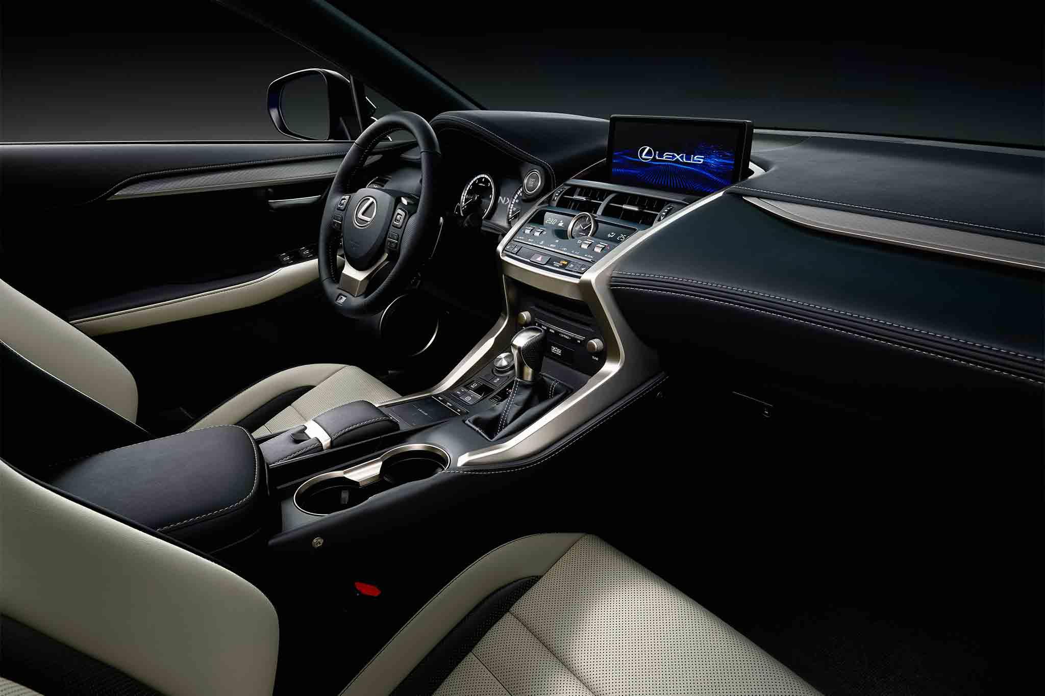 2018 Lexus NX 300 F Sport dashboard