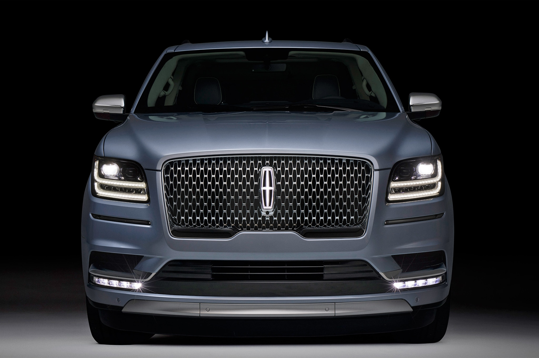 2017 Lincoln Navigator Msrp >> 2018 Lincoln Navigator Black Label is a Huge, Three-Row Leap in the Right Direction | Automobile ...