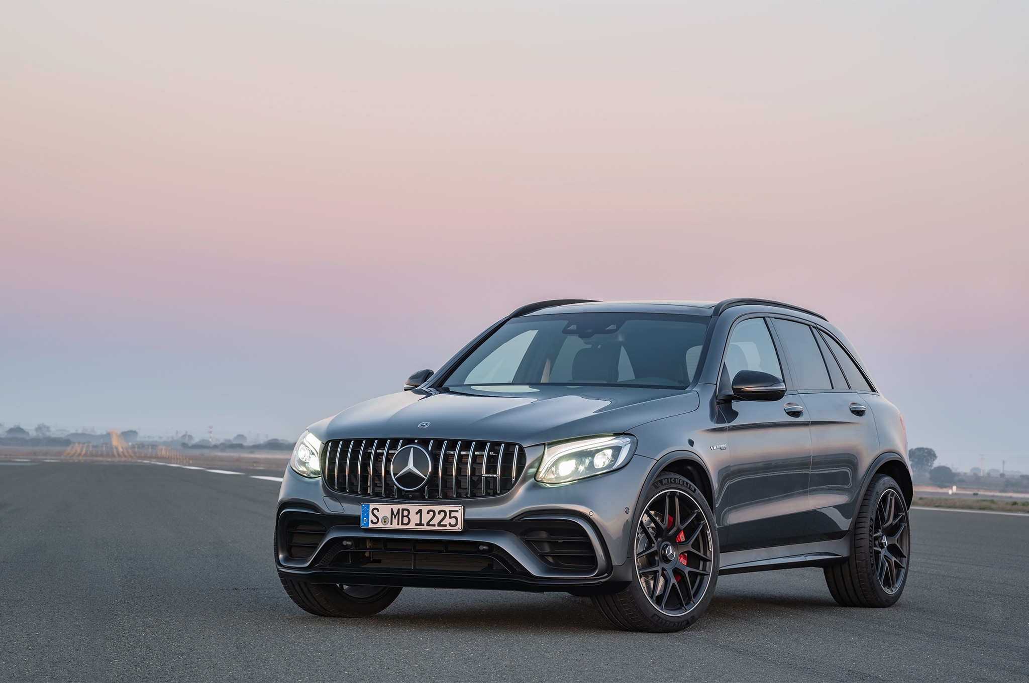 2018 Mercedes AMG GLC63 S Front Three Quarter 02 11