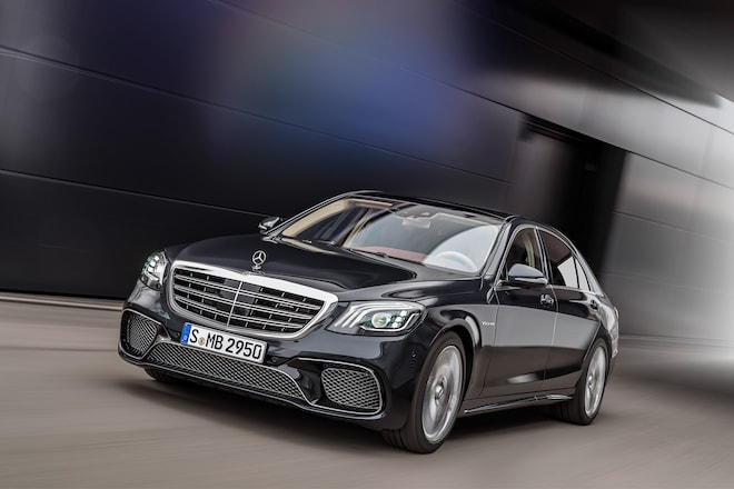2018 Mercedes AMG S65 Front Three Quarter In Motion 01