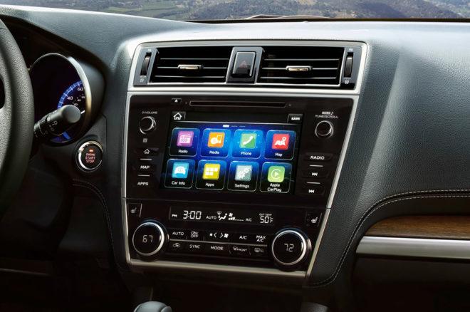 2018 Subaru Outback center stack