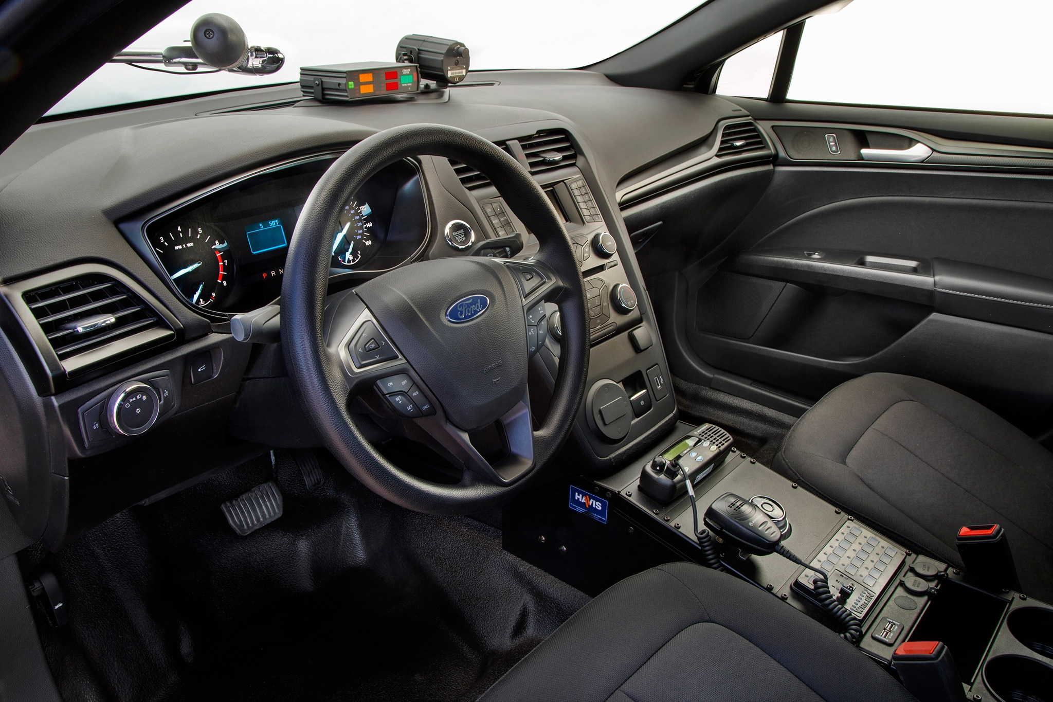ford police responder hybrid aims  save departments thousands automobile magazine