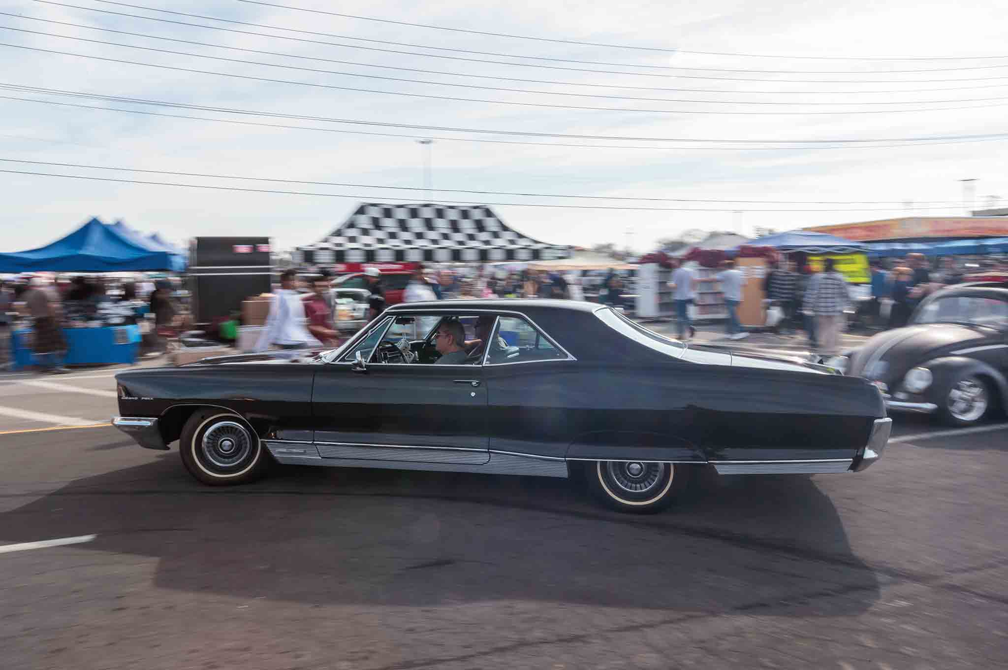 The Pomona Swap Meet Is A So Cal Tradition For Car Fanatics