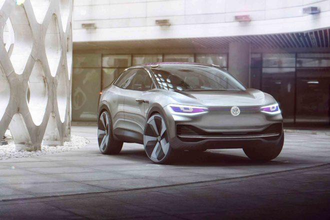 Volkswagen ID Crozz Concept front three quarter 01