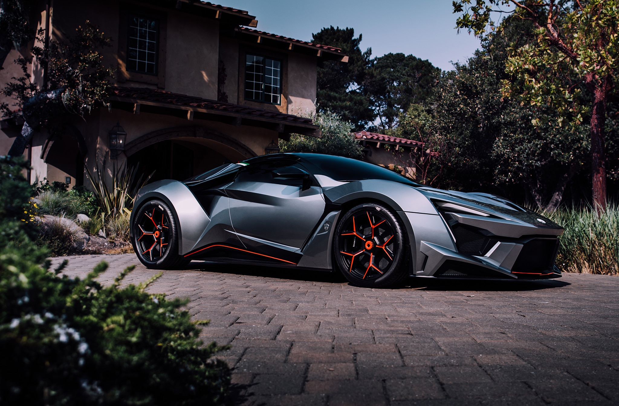 W Motors Fenyr >> W Motors Previews Almost Production Ready Fenyr Supersport