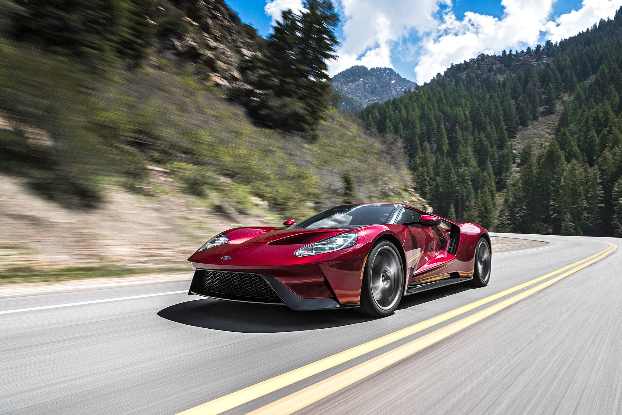 2017 Ford GT On Road 02