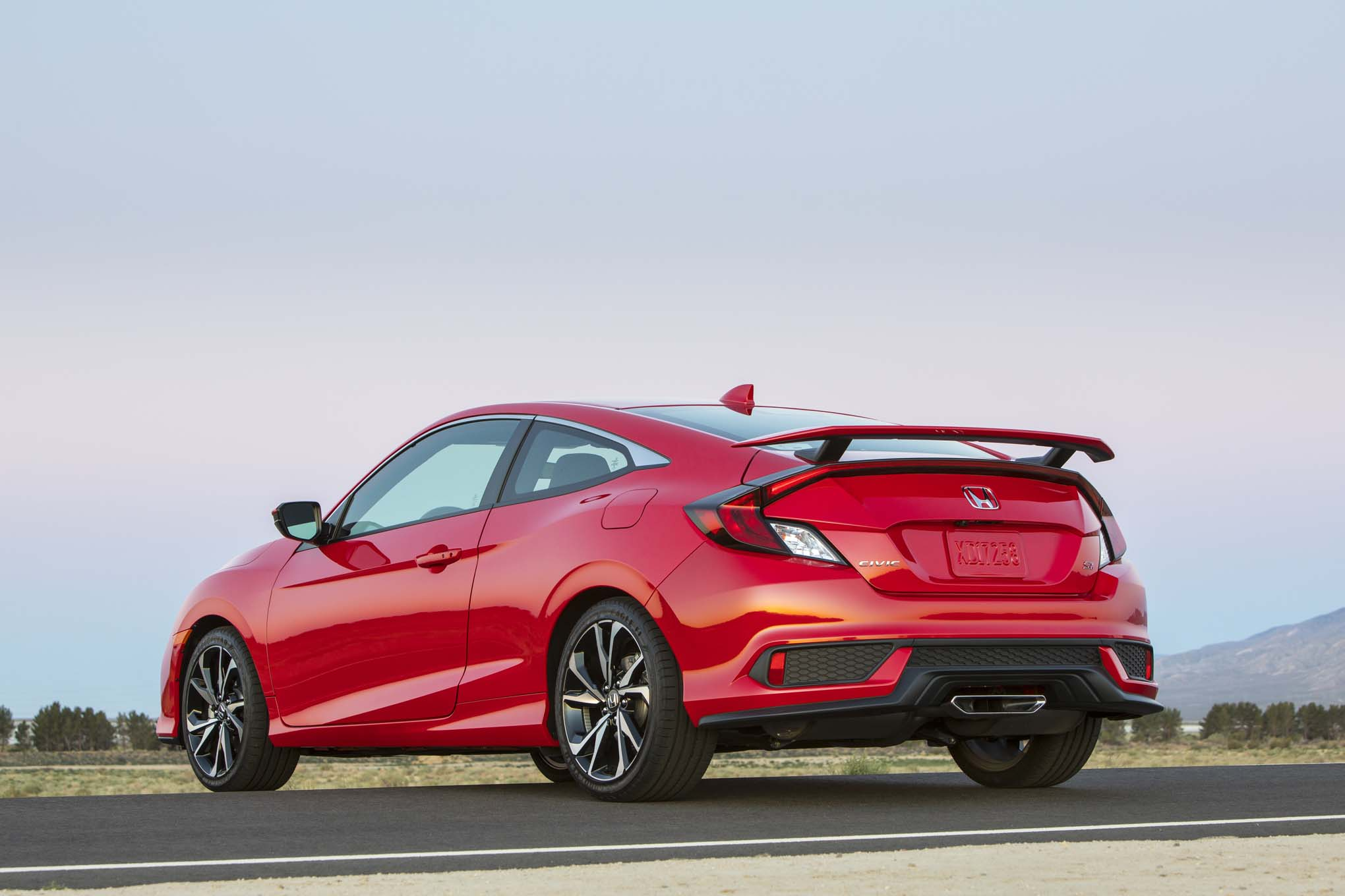 2017 Honda Civic Si First Drive Review Automobile Magazine