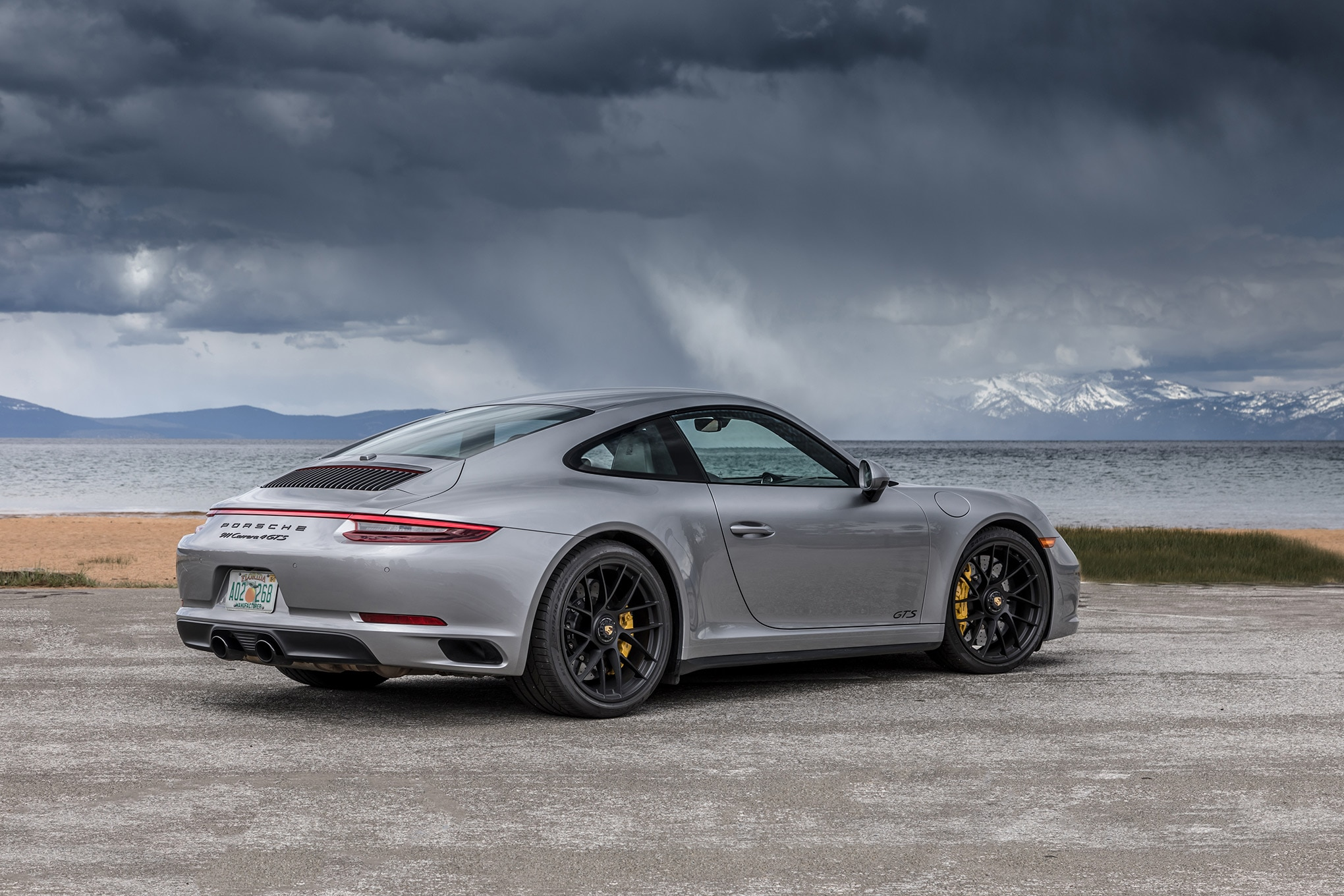 vanquishing mountains in the new 2017 porsche 911 carrera 4 gts rh automobilemag com