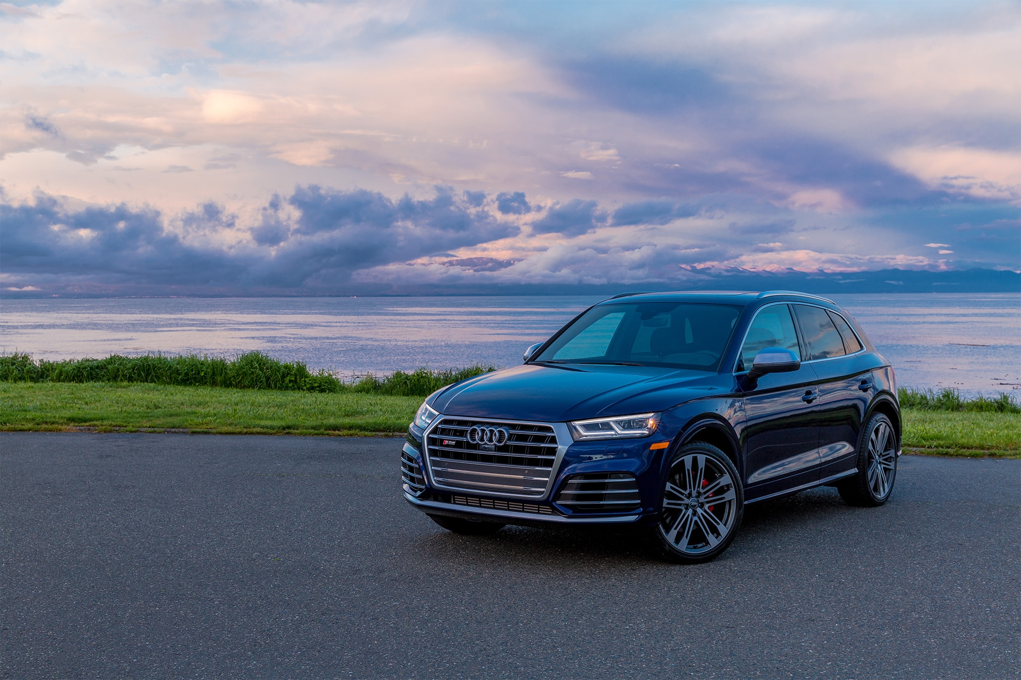 2018 audi sq5 first drive review automobile magazine. Black Bedroom Furniture Sets. Home Design Ideas