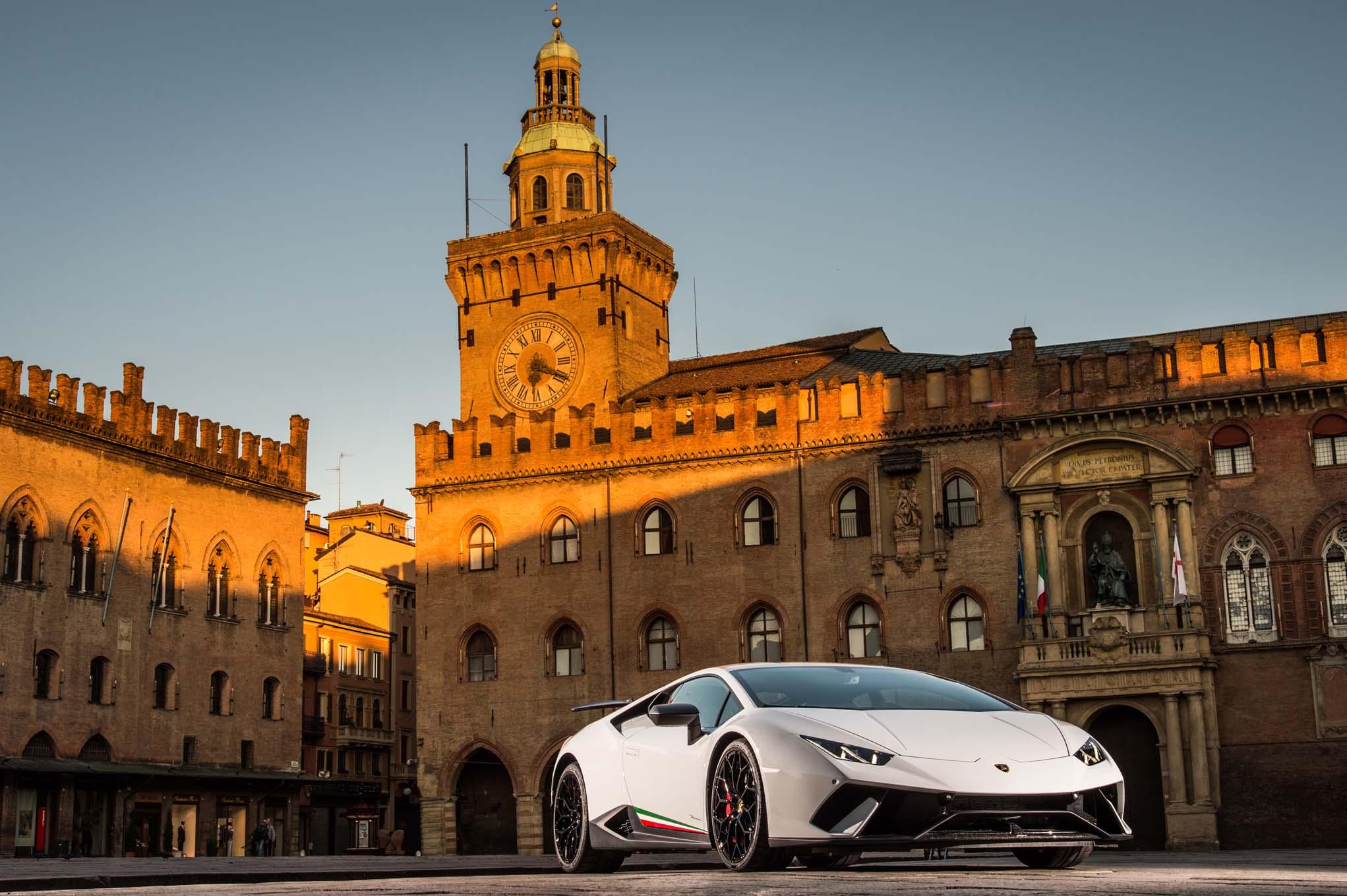 2018 Lamborghini Huracan Performante First Drive Review | Automobile