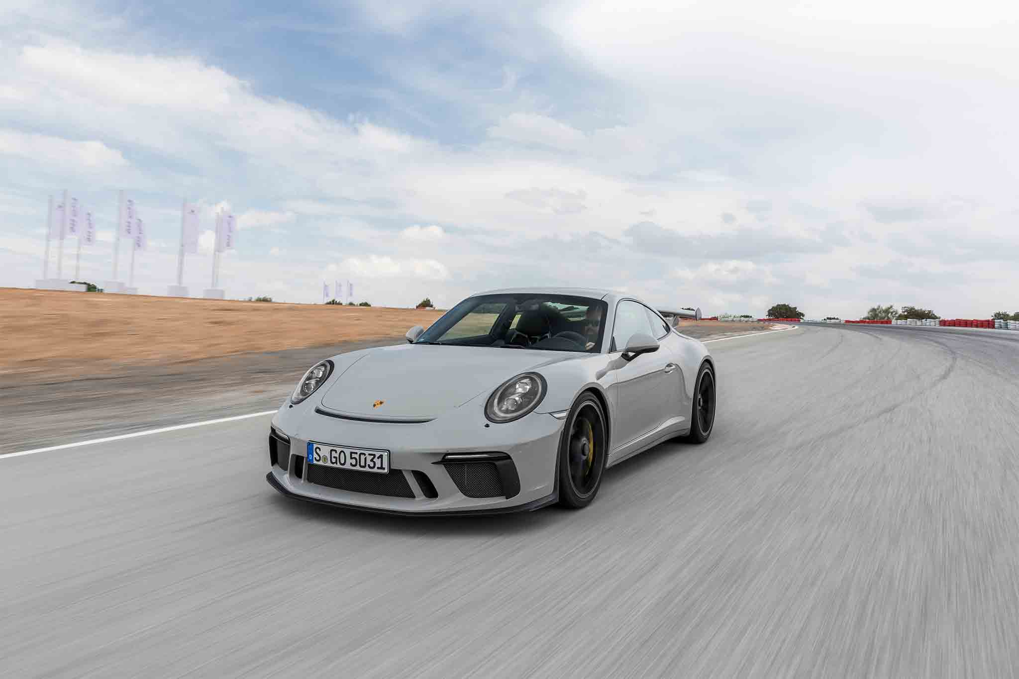 2018 Porsche 911 Gt3 First Drive Review Automobile Magazine Back Gt Gallery For Simple Pendulum Free Body Diagram Show More
