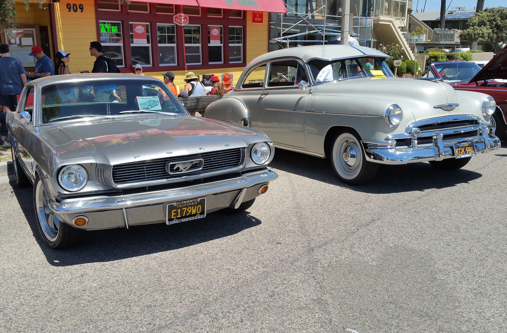 The Vintage Metal Of The Th Annual Seal Beach Classic Car Show - Classic car show california