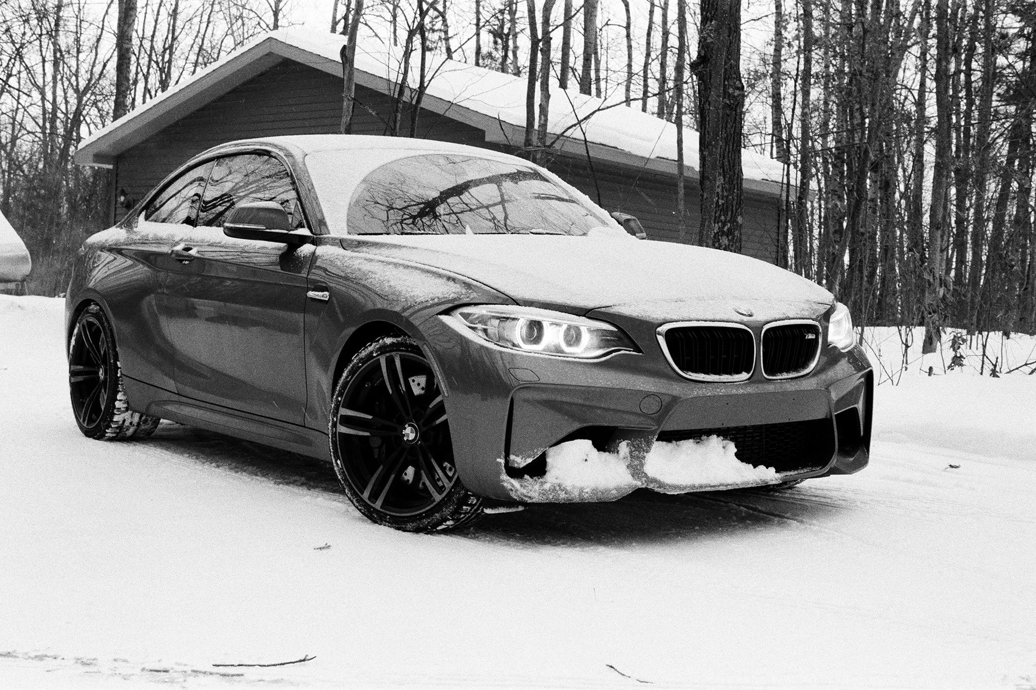Four Seasons 2017 BMW M2 Front Three Quarter