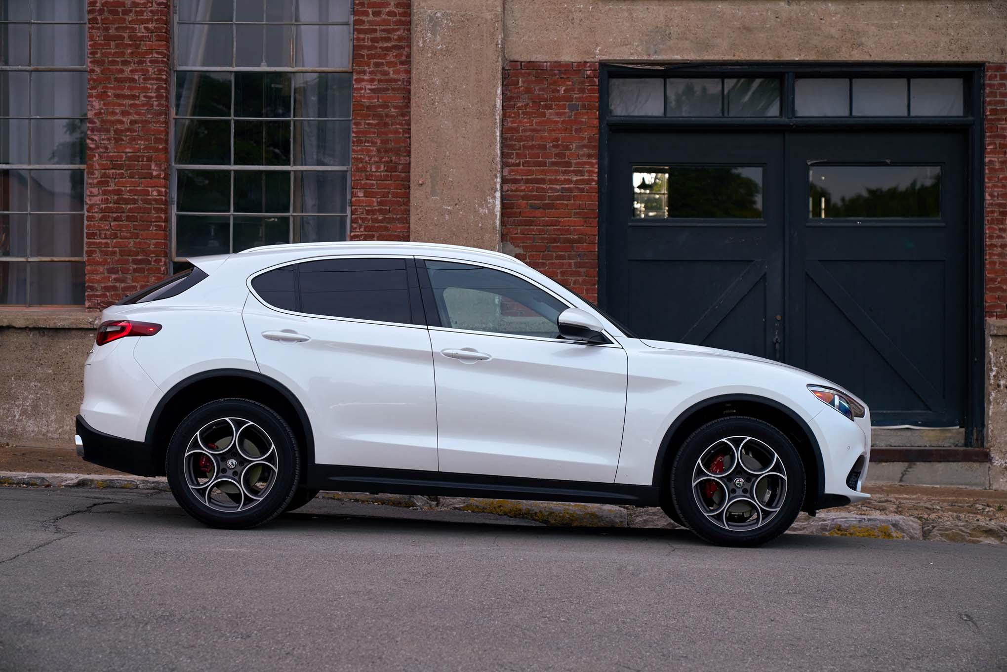 9 Passenger Suv >> 2018 Alfa Romeo Stelvio First Drive | Automobile Magazine